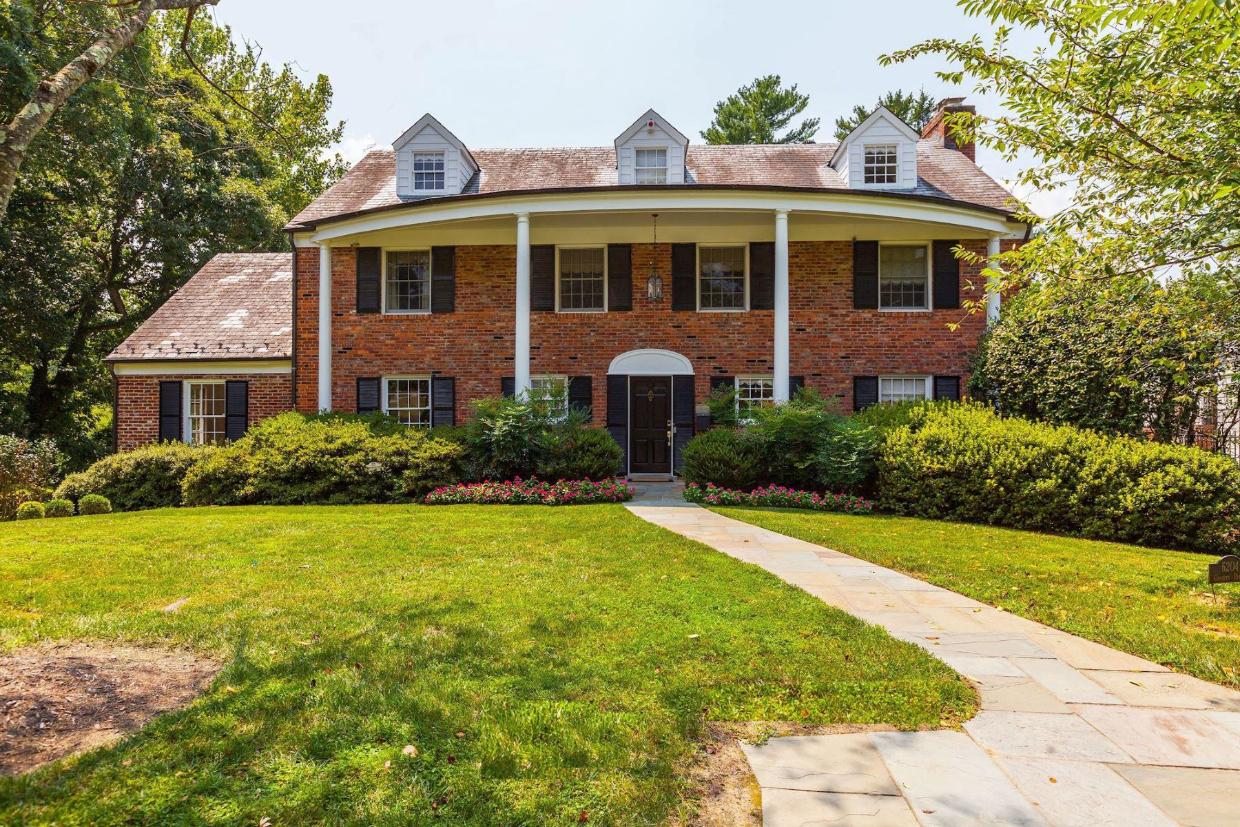 single family homes for Active at 6204 Garnett Dr Chevy Chase, Maryland 20815 United States