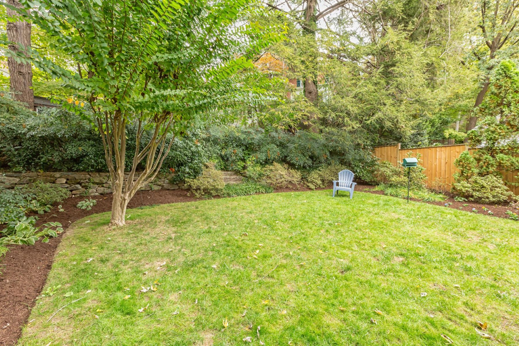 Additional photo for property listing at 4745 Reservoir Rd NW 4745 Reservoir Rd NW Washington, District Of Columbia 20007 United States