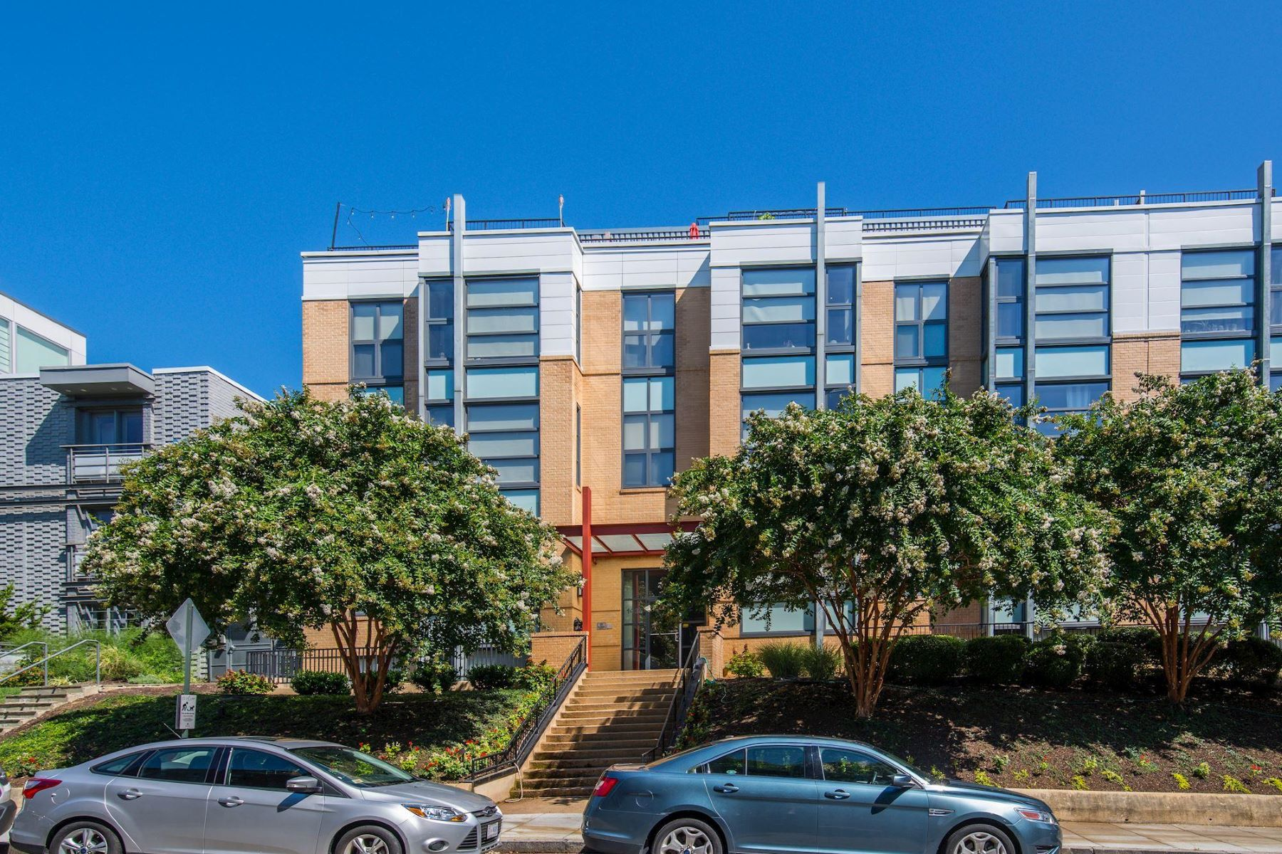 Condominium for Rent at 1435 Chapin St Nw #201 1435 Chapin St Nw #201 Washington, District Of Columbia 20009 United States