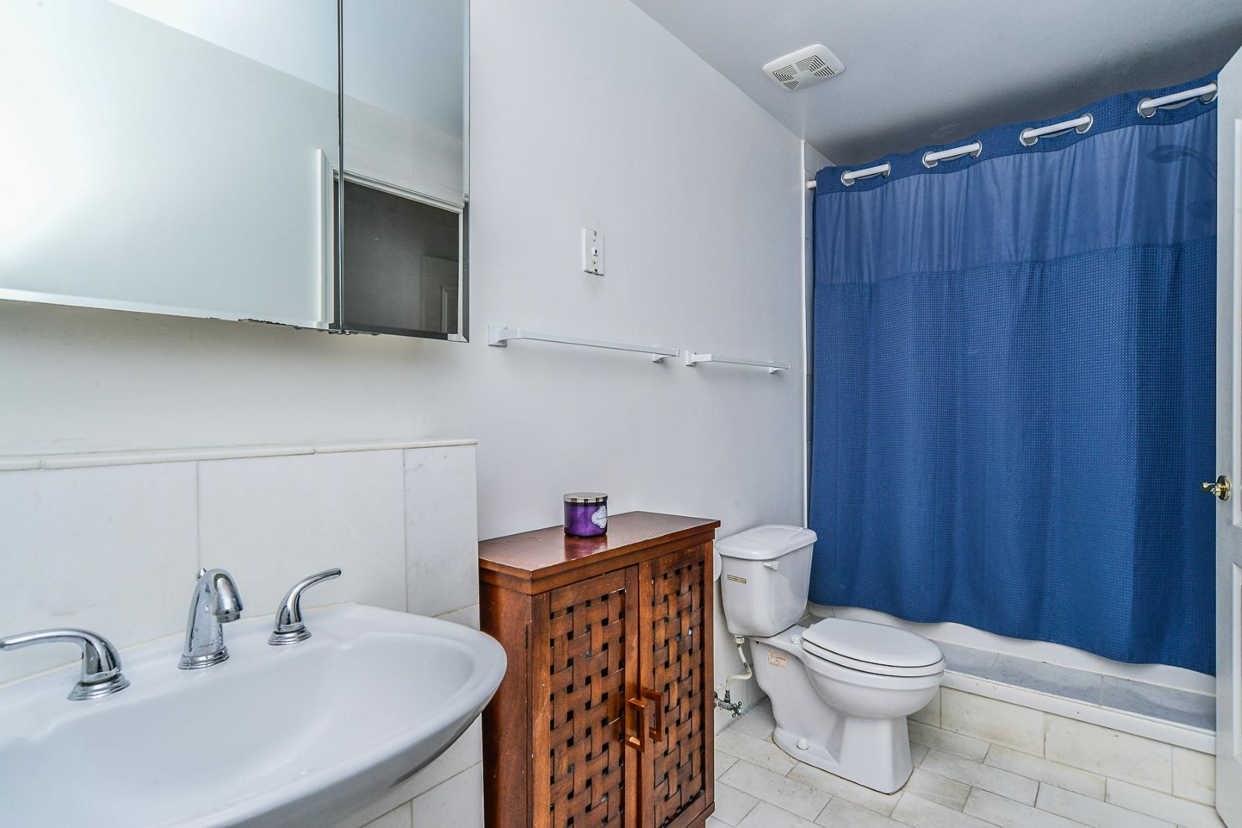 Additional photo for property listing at 1211 Eads St #1204 1211 Eads St #1204 Arlington, Virginia 22202 United States