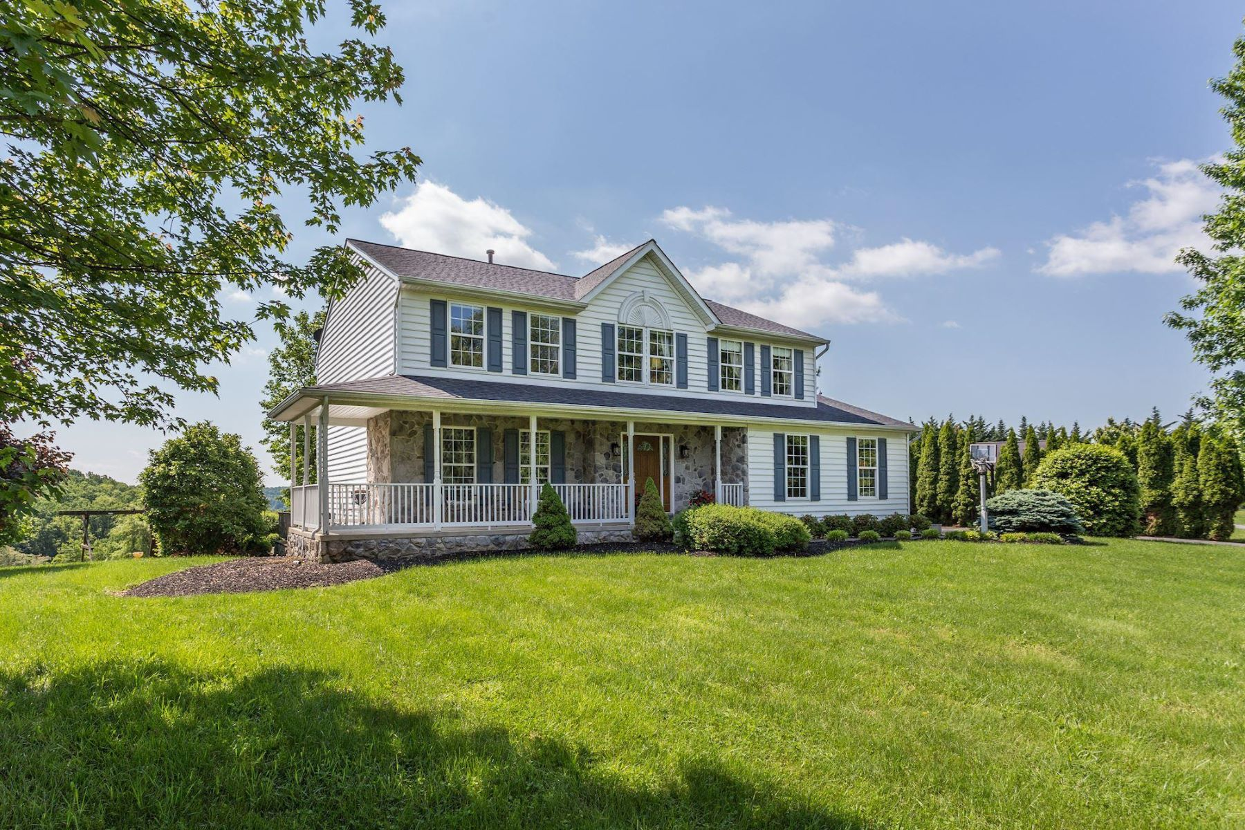 single family homes for Active at 5295 Mussetter Rd Ijamsville, Maryland 21754 United States