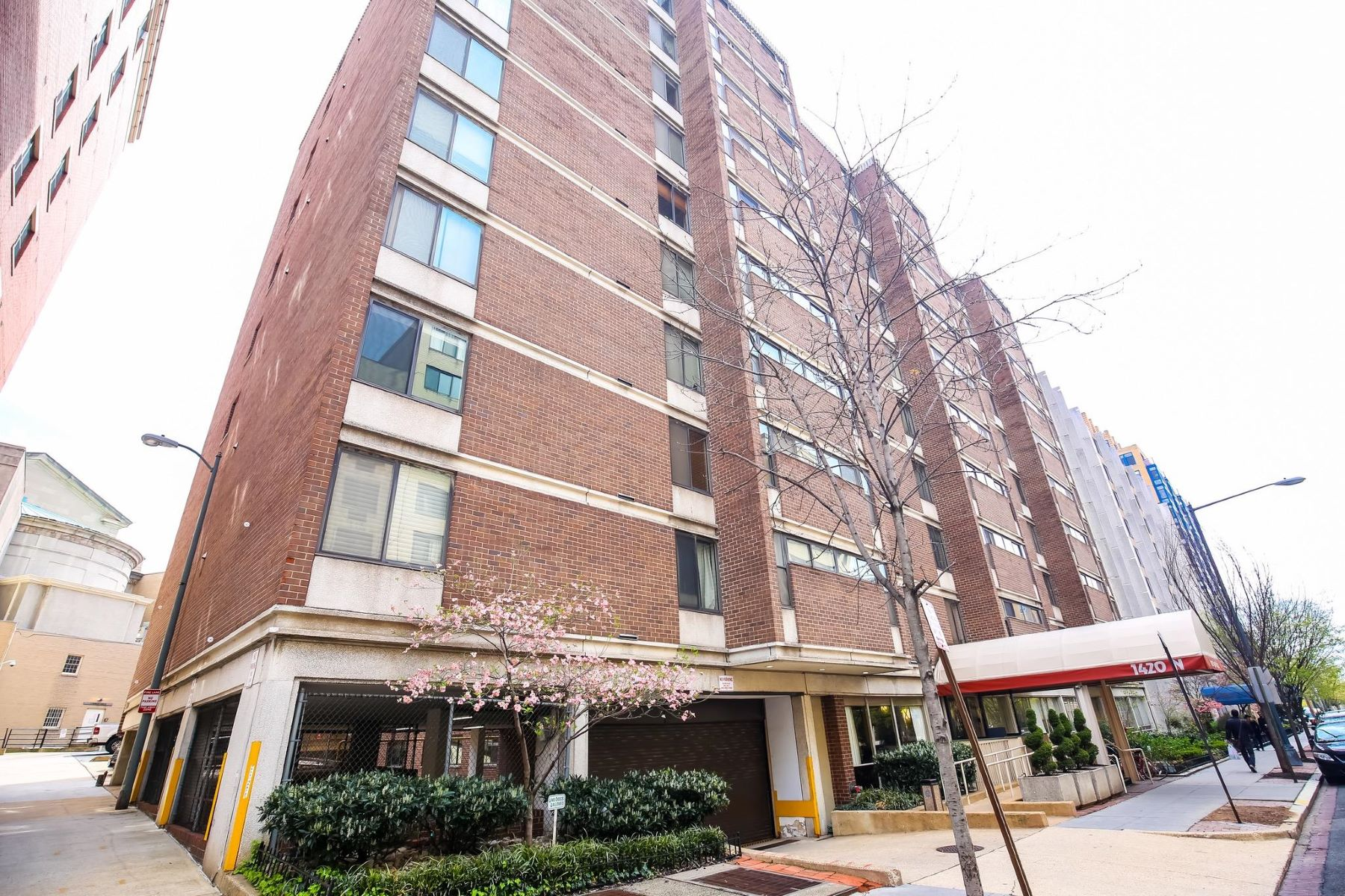 Condominium for Rent at 1420 N St Nw #214 1420 N St Nw #214 Washington, District Of Columbia 20005 United States
