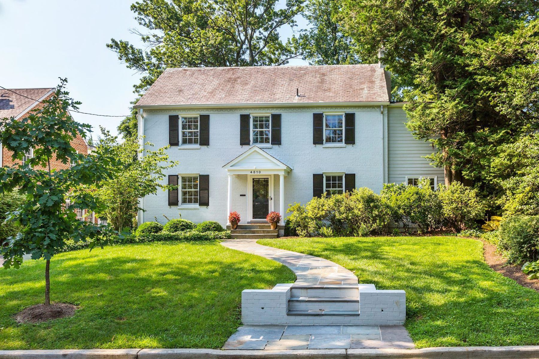 Single Family Homes for Active at 4810 Essex Ave Chevy Chase, Maryland 20815 United States