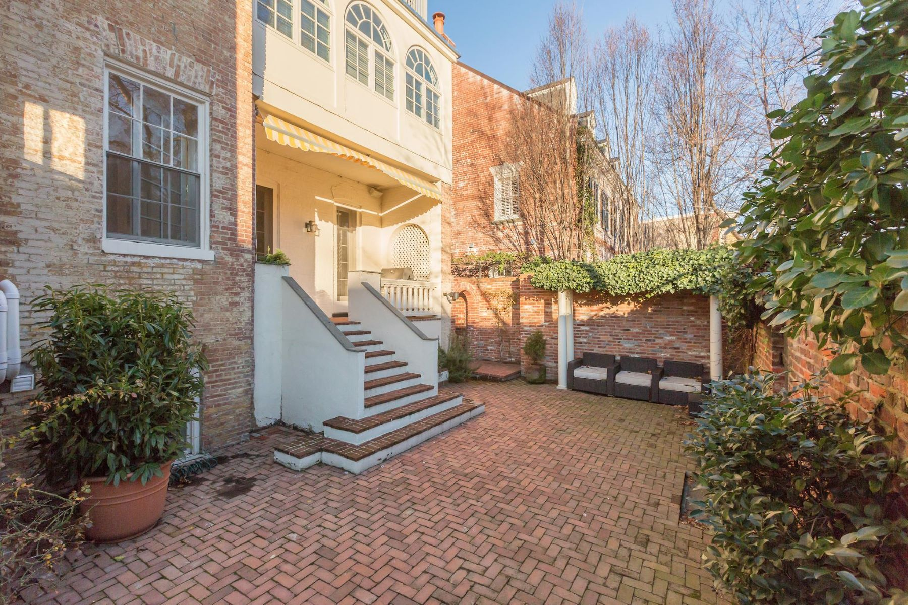 Additional photo for property listing at Georgetown 1403 30th St Nw Washington, District Of Columbia 20007 United States