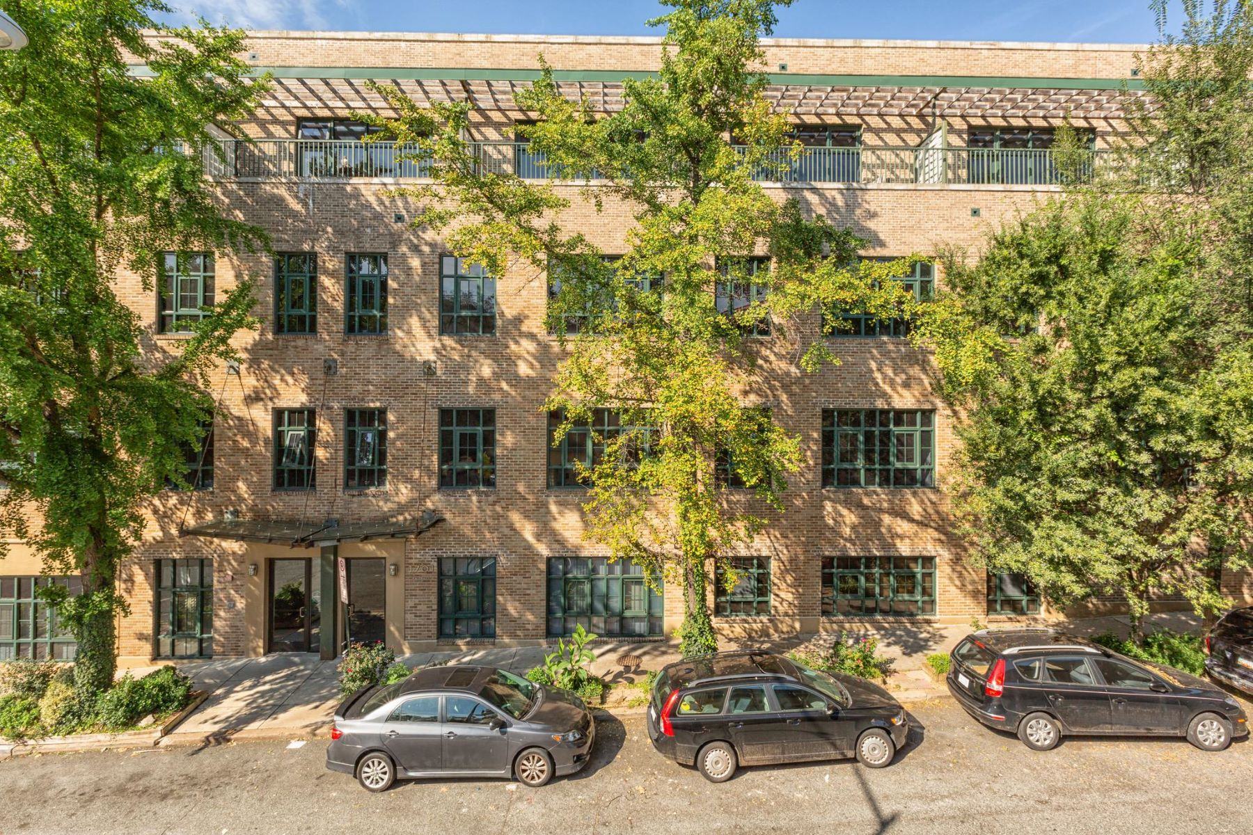 Additional photo for property listing at 1701 Kalorama Rd NW #407 1701 Kalorama Rd NW #407 Washington, District Of Columbia 20009 United States