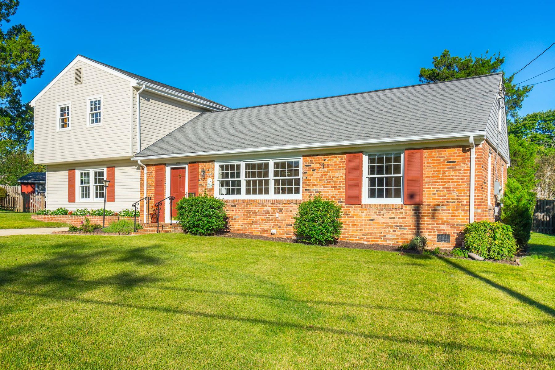 Property for Sale at 1602 Concord Pl 1602 Concord Pl Alexandria, Virginia 22308 United States