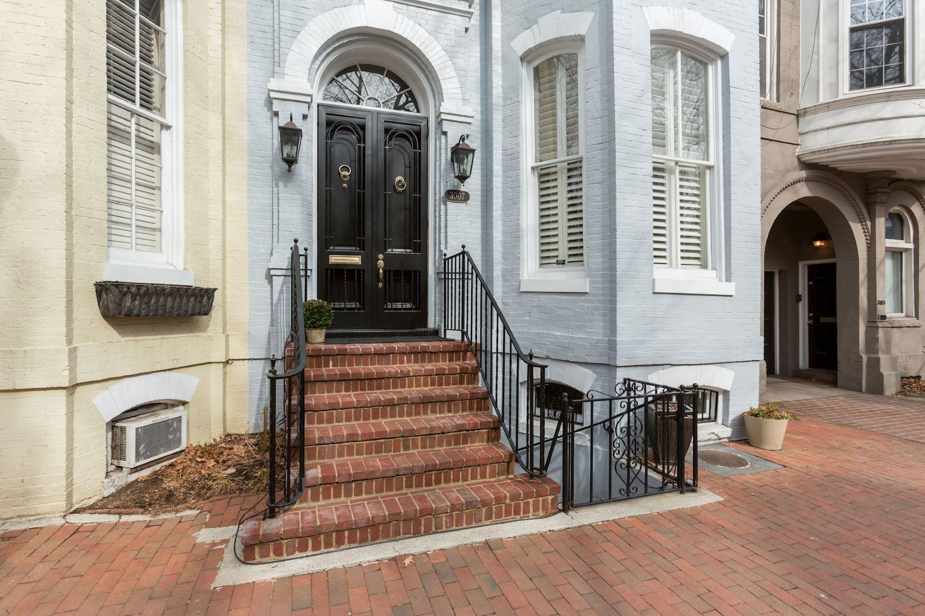 Single Family Home for Sale at 3007 P St Nw 3007 P St Nw Washington, District Of Columbia 20007 United States