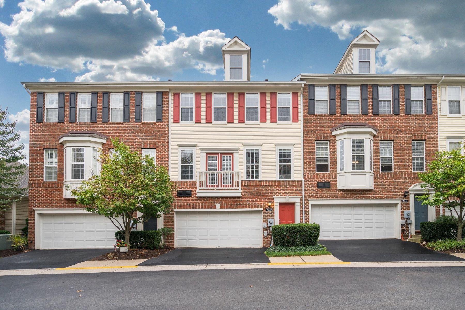 Appartement en copropriété pour l à louer à 8073 Genea Way #3 8073 Genea Way #3 Falls Church, Virginia 22042 États-Unis