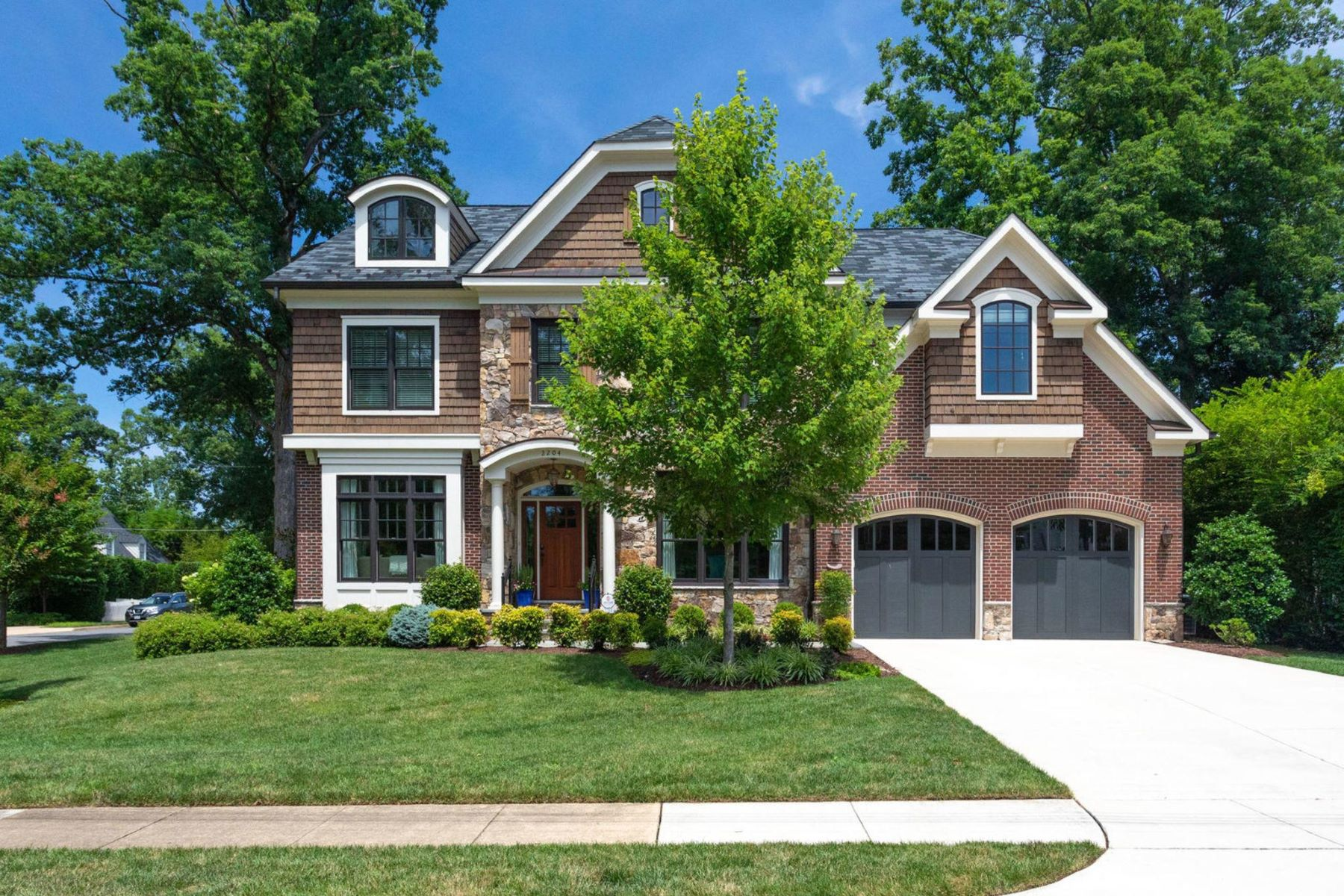 Single Family Homes for Active at 2204 Foresthill Rd Alexandria, Virginia 22307 United States