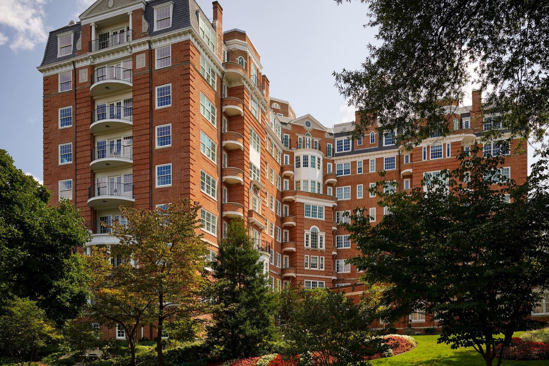 Condominium for Sale at 2660 Connecticut Ave NW #5d Washington, District Of Columbia 20008 United States