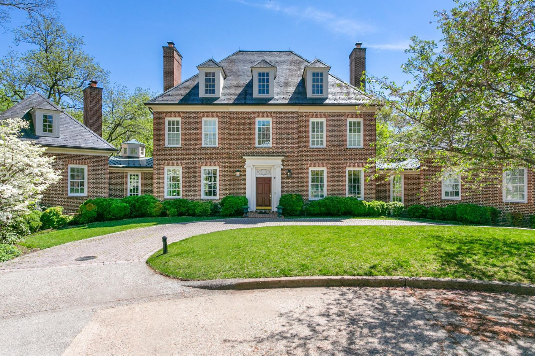 Property のために 売買 アット 5295 Partridge Ln NW Washington, コロンビア特別区 20016 アメリカ