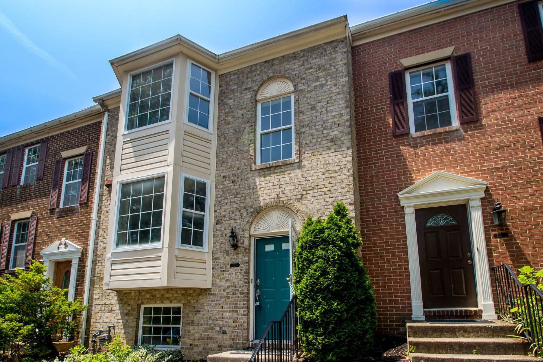 townhouses for Active at 3102 Black Hickory Dr Falls Church, Virginia 22042 United States