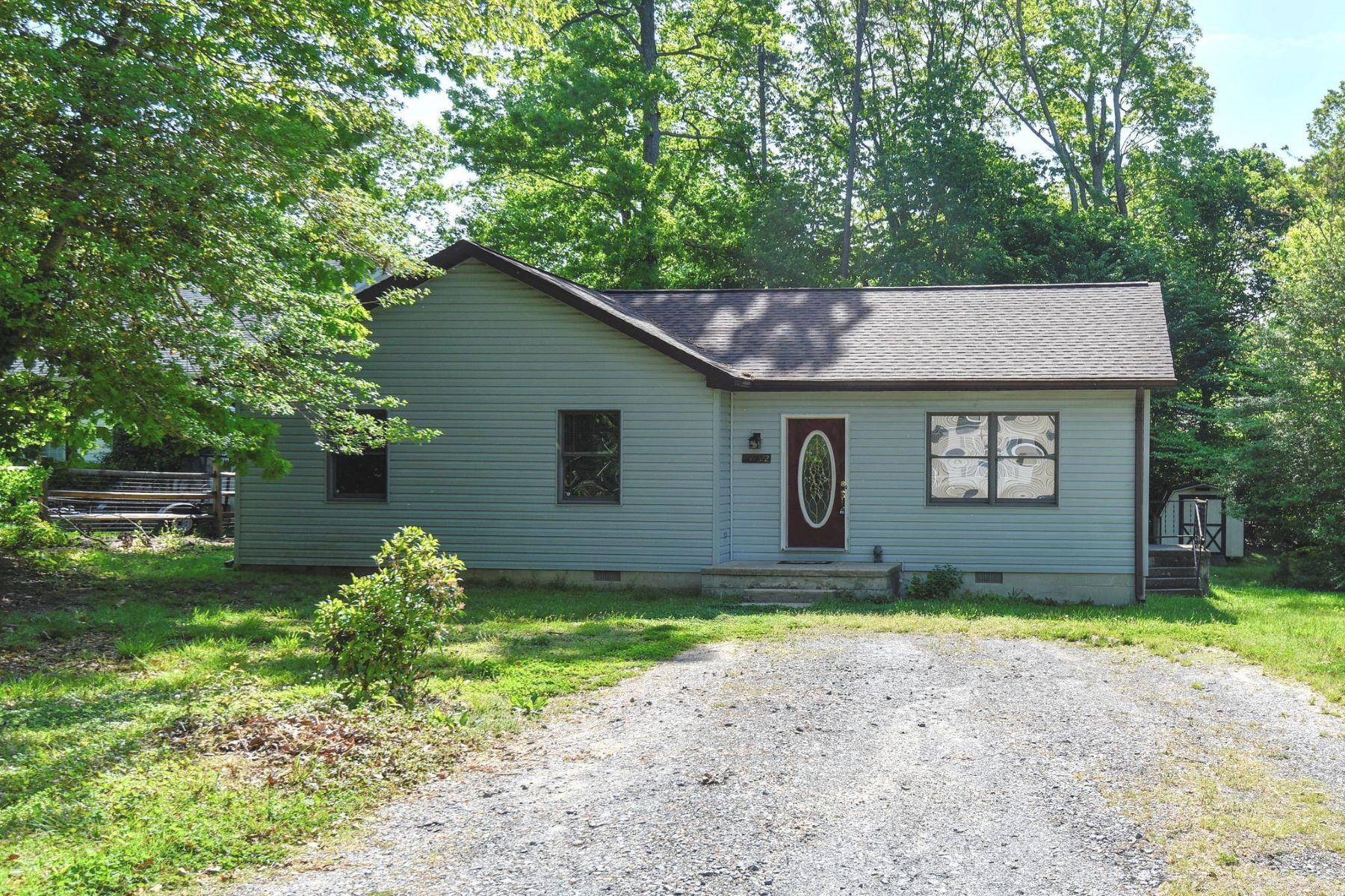 Single Family Homes 为 销售 在 11322 Sitting Bull Trl Lusby, 马里兰州 20657 美国