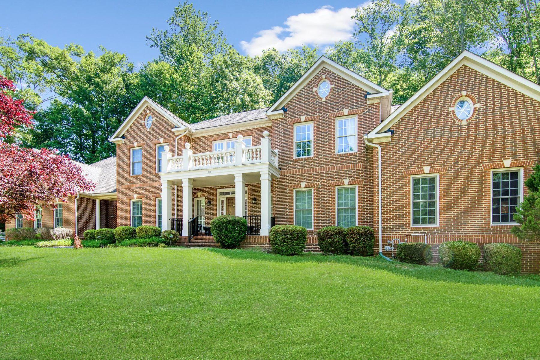 Single Family Homes por un Venta en 212 May Ln Edgewater, Maryland 21037 Estados Unidos