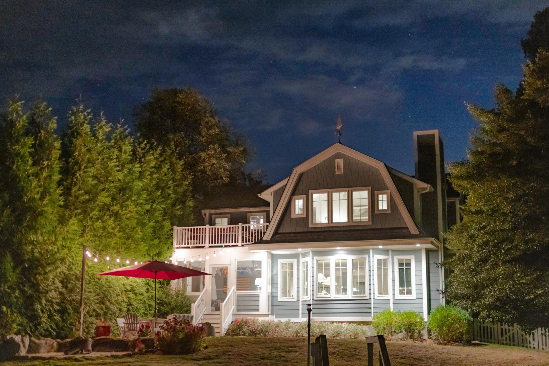 Single Family Homes por un Venta en 4117 Cadle Creek Rd Edgewater, Maryland 21037 Estados Unidos