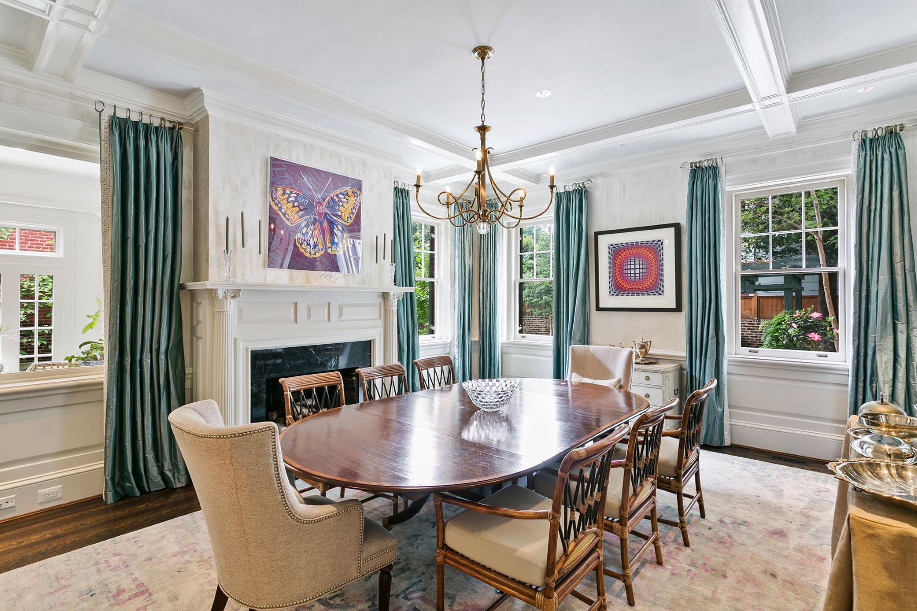 Additional photo for property listing at 3301 N St Nw 3301 N St Nw Washington, District Of Columbia 20007 United States
