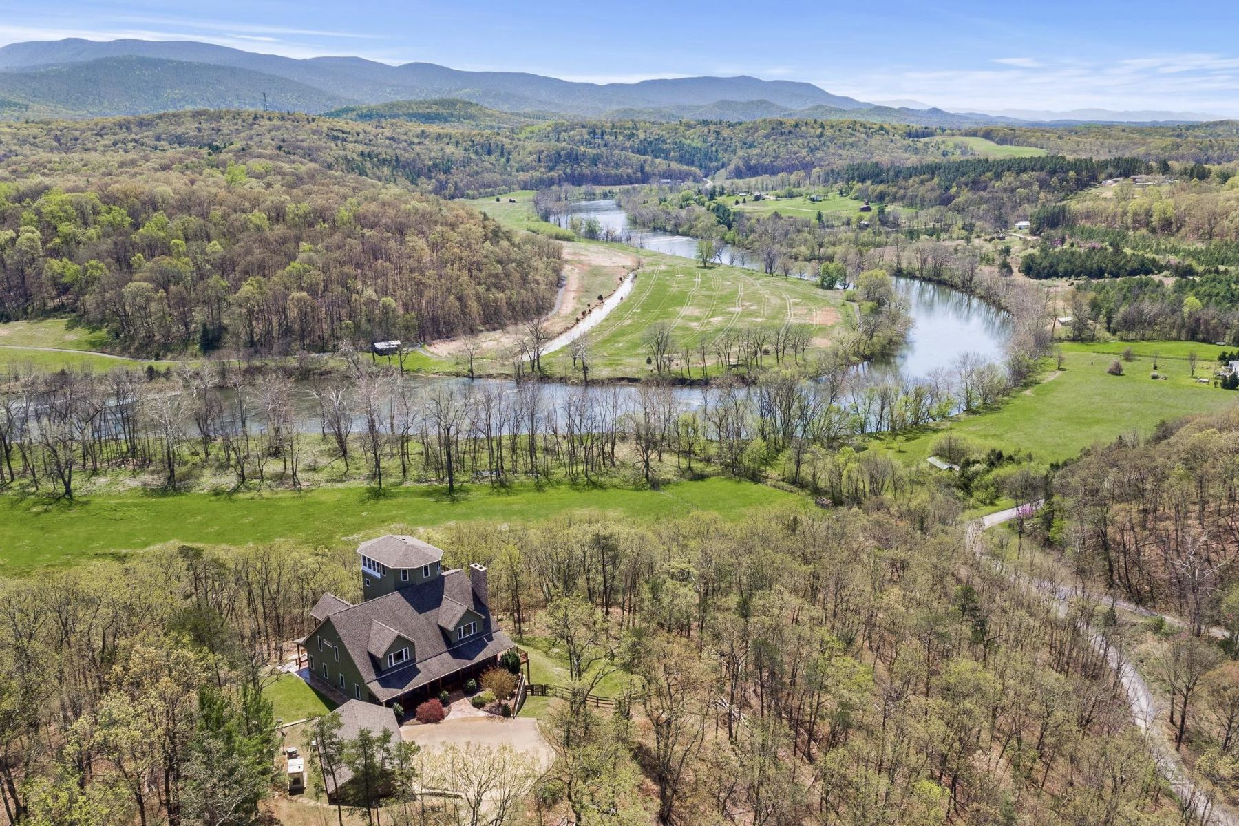 Single Family Homes for Sale at Bentonville, Virginia 22610 United States
