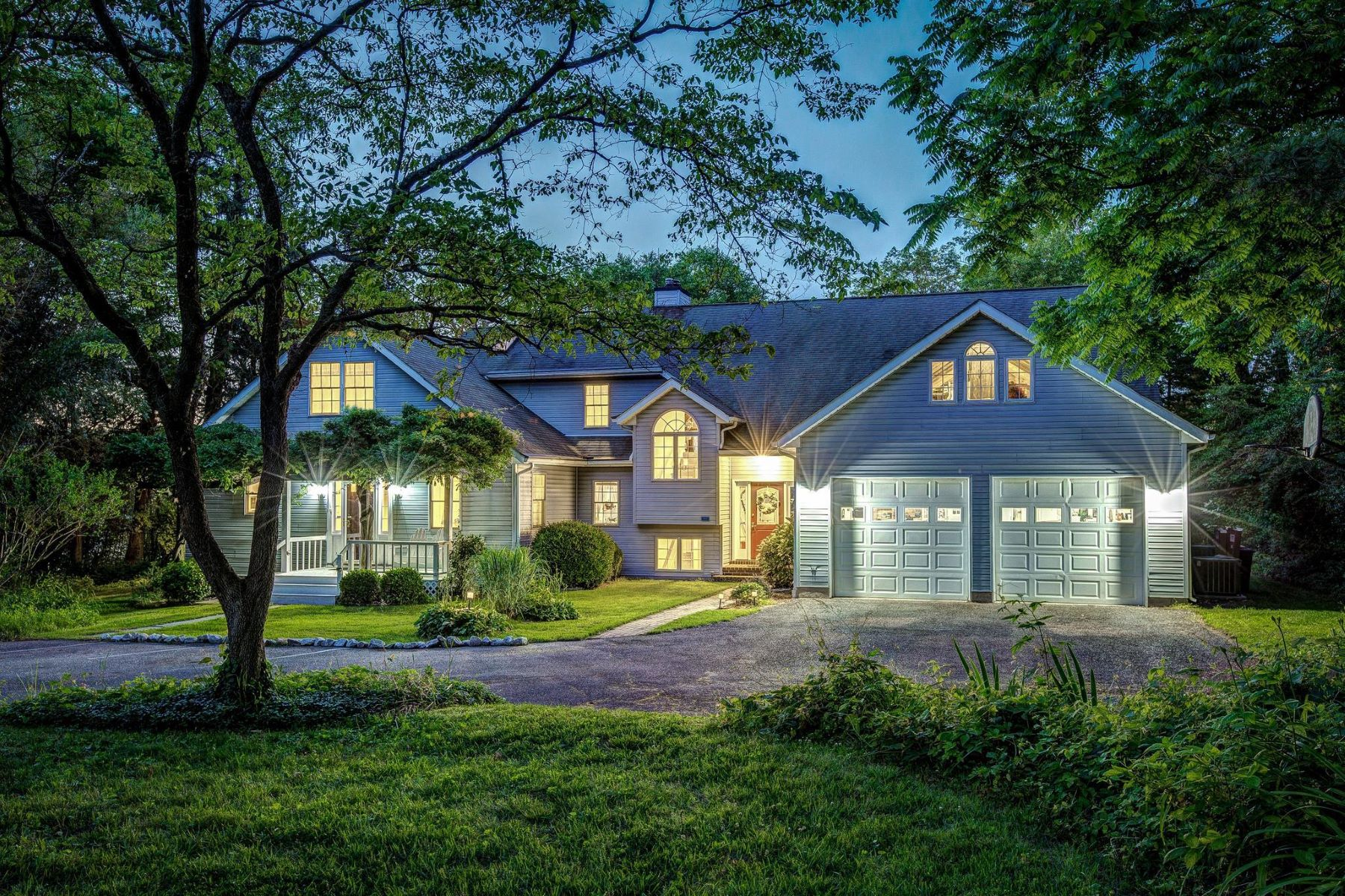 Single Family Homes por un Venta en 2774 Hambleton Rd Riva, Maryland 21140 Estados Unidos