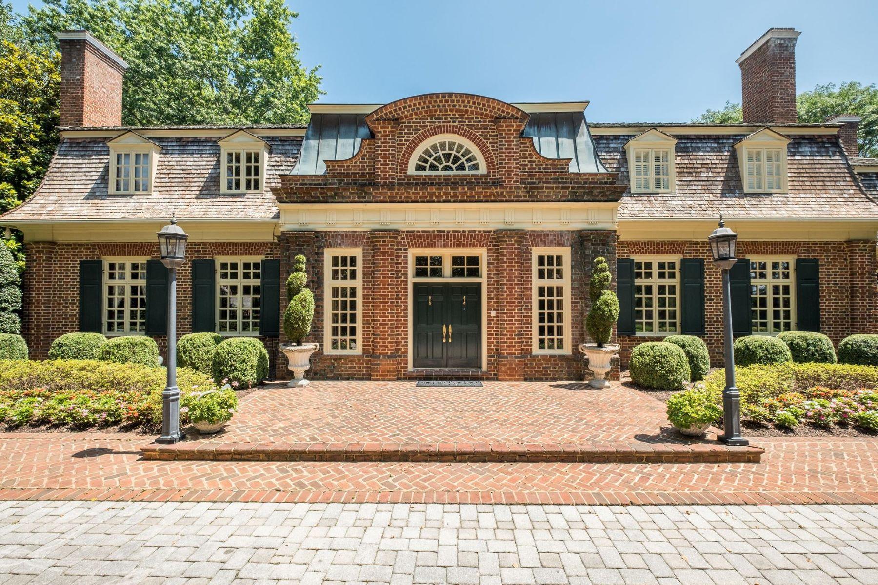 Single Family Homes por un Venta en 11617 Highland Farm Rd Potomac, Maryland 20854 Estados Unidos