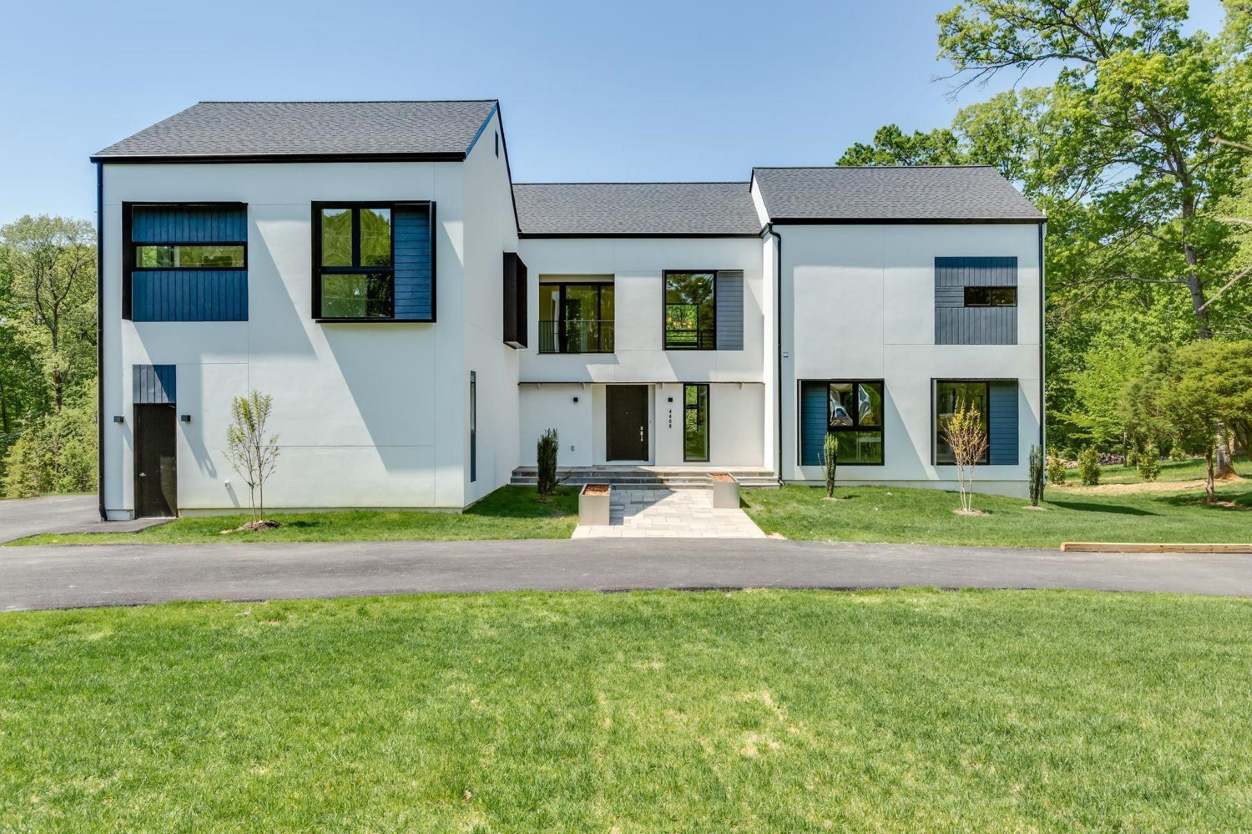 single family homes pour l Vente à 4408 Olley Ln Fairfax, Virginia 22032 États-Unis