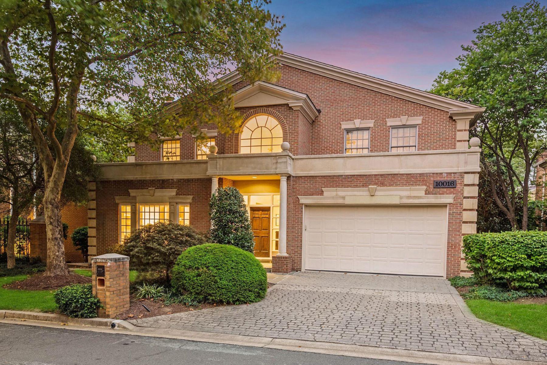 Single Family Homes por un Venta en 10016 Chartwell Manor Ct Potomac, Maryland 20854 Estados Unidos