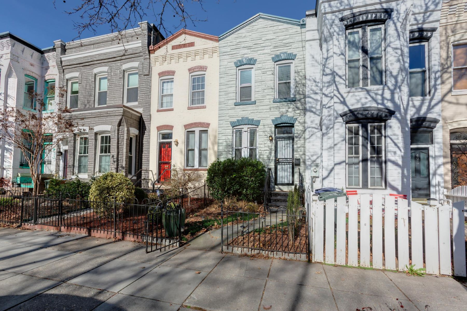 Townhouse for Sale at 427 Q St NW 427 Q St NW Washington, District Of Columbia 20001 United States