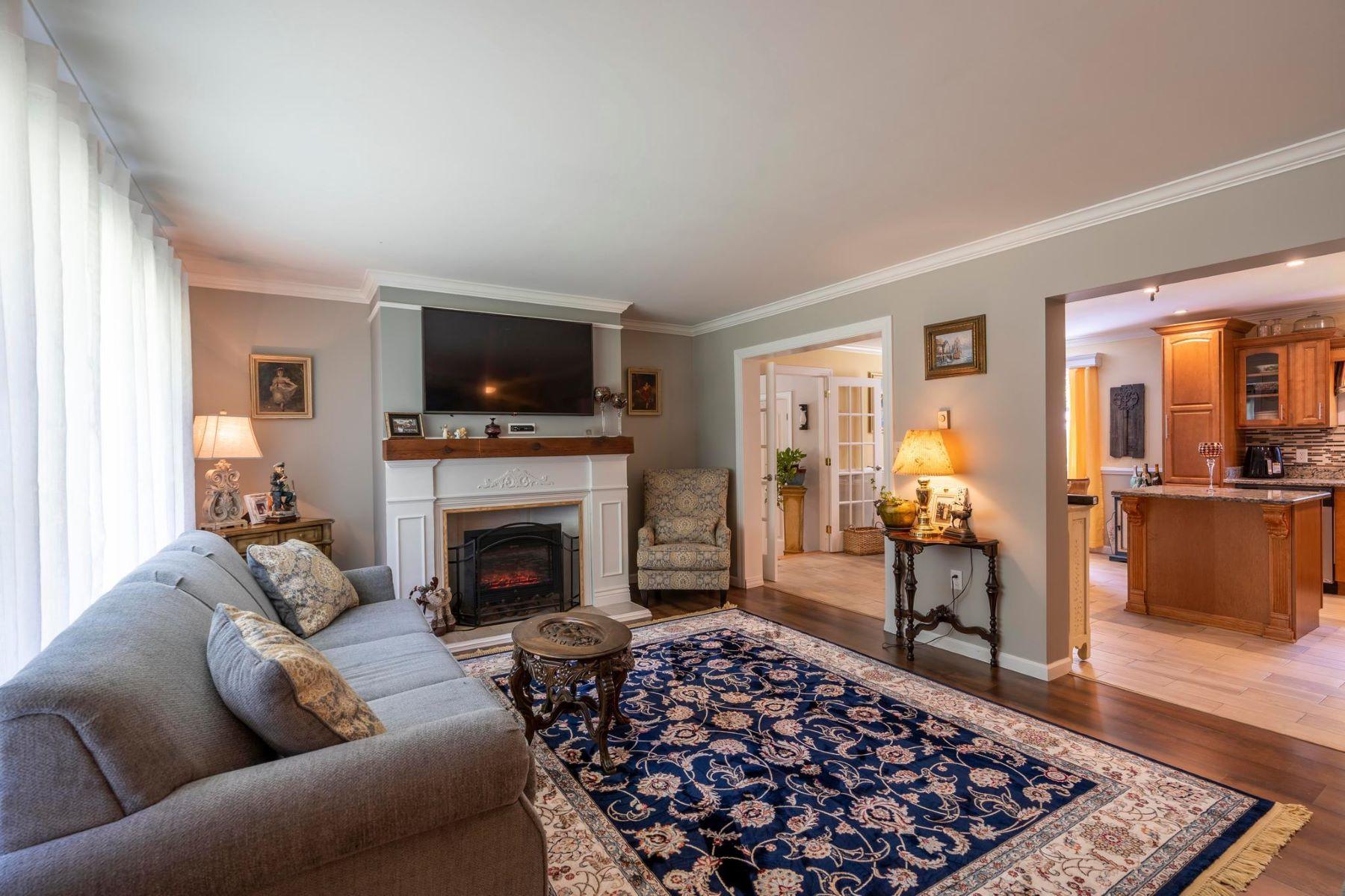 Single Family Homes 为 销售 在 7297 Station Rd Newcomb, 马里兰州 21653 美国