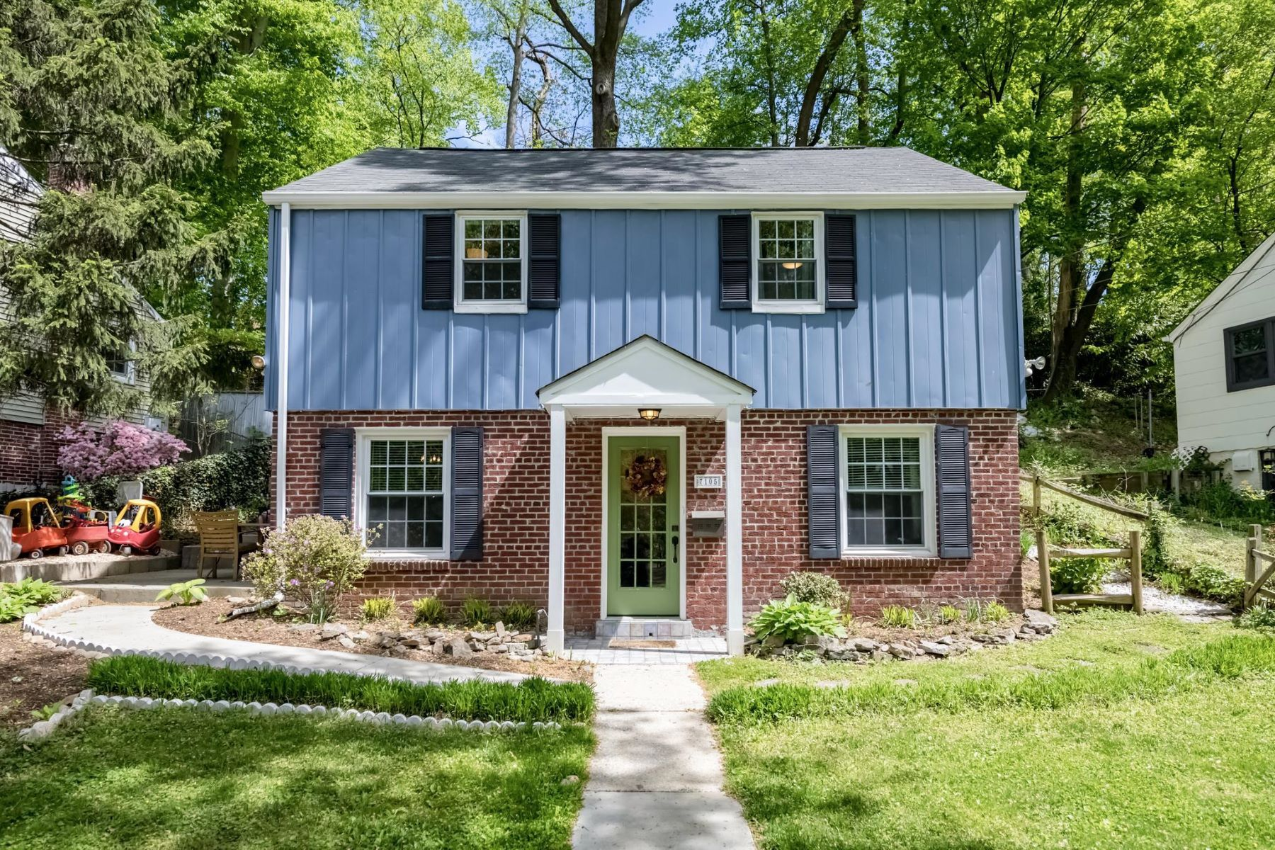 single family homes for Active at 7105 13th Ave Takoma Park, Maryland 20912 United States