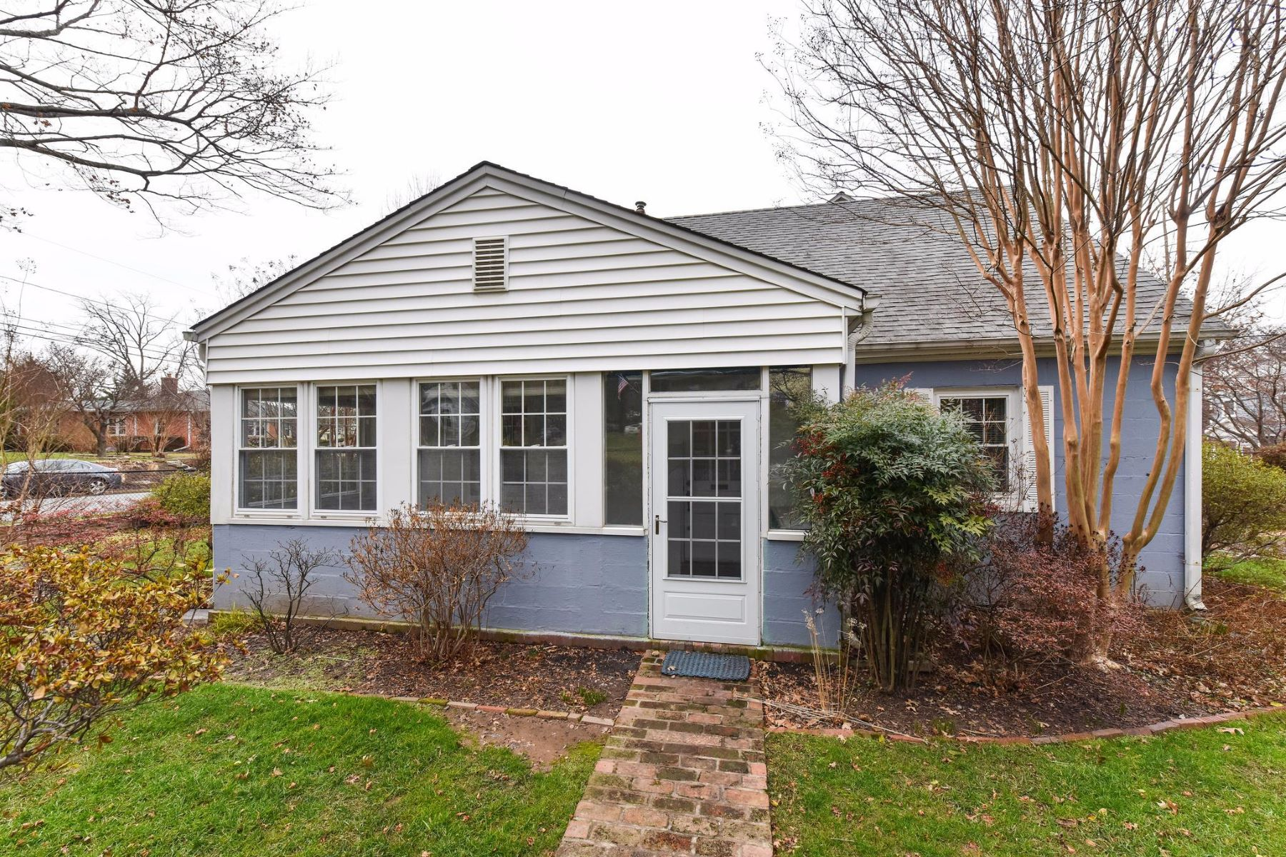 Other Residential for Rent at 1101 N Tuckahoe St 1101 N Tuckahoe St Falls Church, Virginia 22046 United States