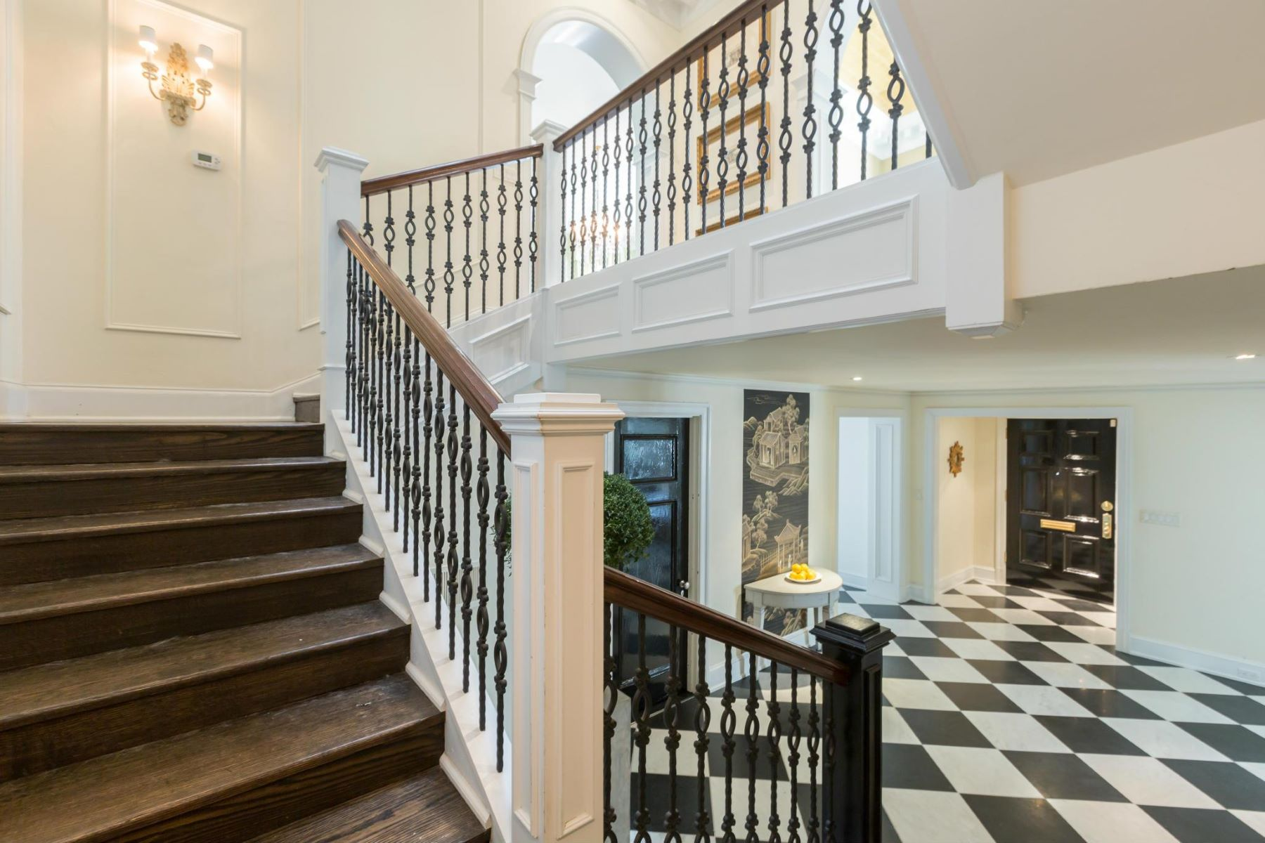 Additional photo for property listing at 2241 Bancroft Pl Nw 2241 Bancroft Pl Nw Washington, District Of Columbia 20008 United States