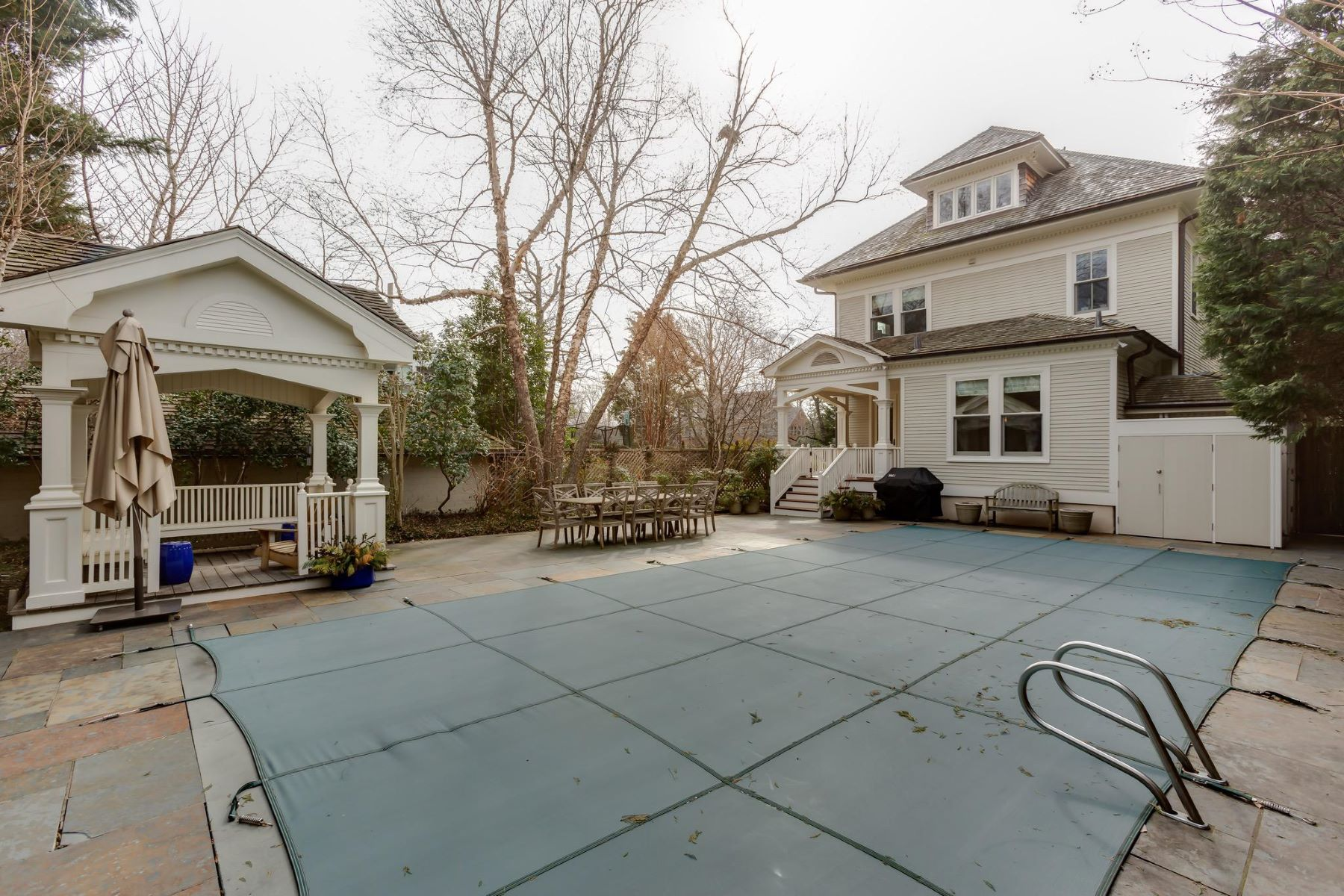 Additional photo for property listing at 3601 Newark St NW Washington, District Of Columbia 20016 United States