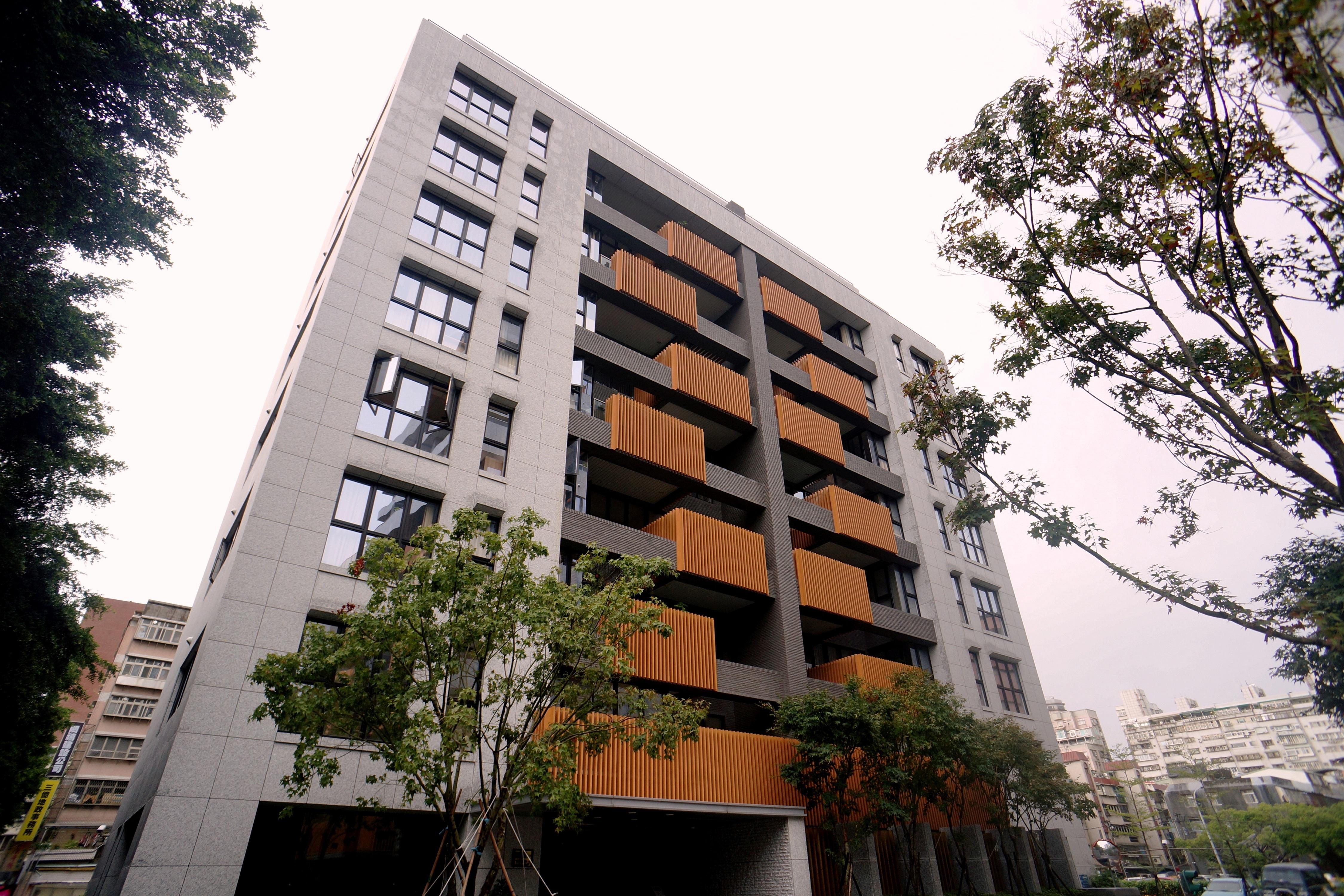 Apartamento por un Venta en Fortune Heights Zhixing Rd., Beitou Dist. Taipei City, 112 Taiwan