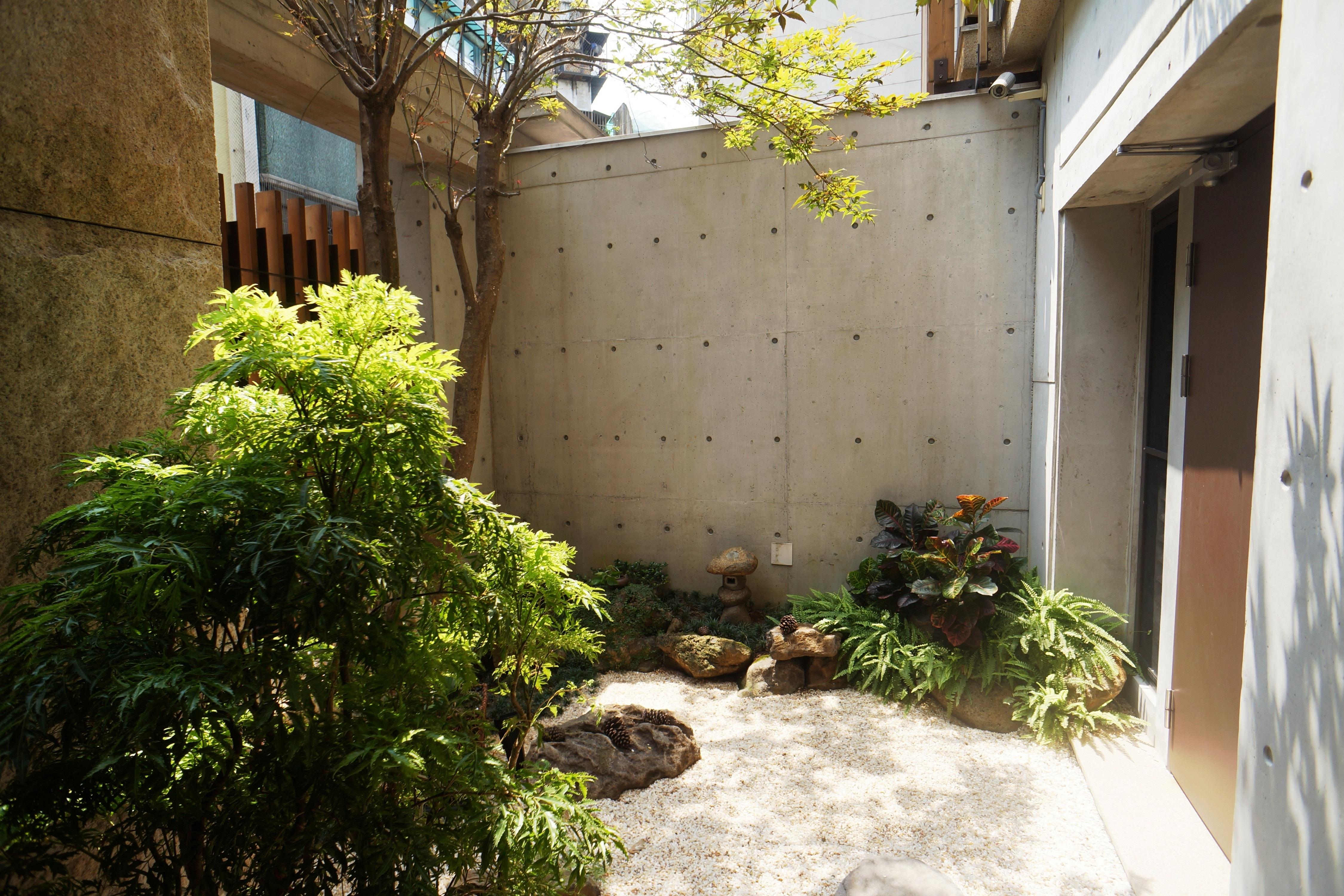 Vivienda unifamiliar por un Venta en Zen Residence Qidong St., Zhongzheng Dist. Taipei City, 100 Taiwan