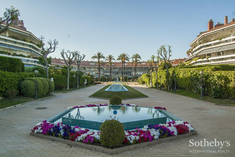 Wohnung für Verkauf beim Fantastic apartment overlooking the golf course, Sitges Sitges, Barcelona 08870 Spanien