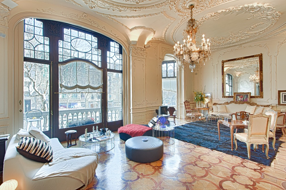 Property For Sale at Ornate and Opulent Palace on the Exlusive Paseo de Gracia