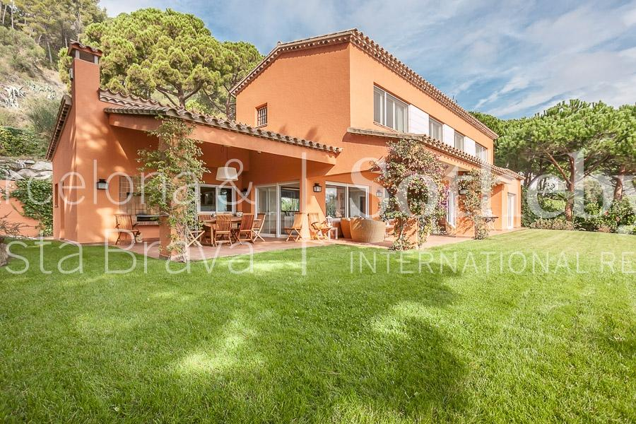 Property For Sale at Bright villa with sea views in Punta Brava