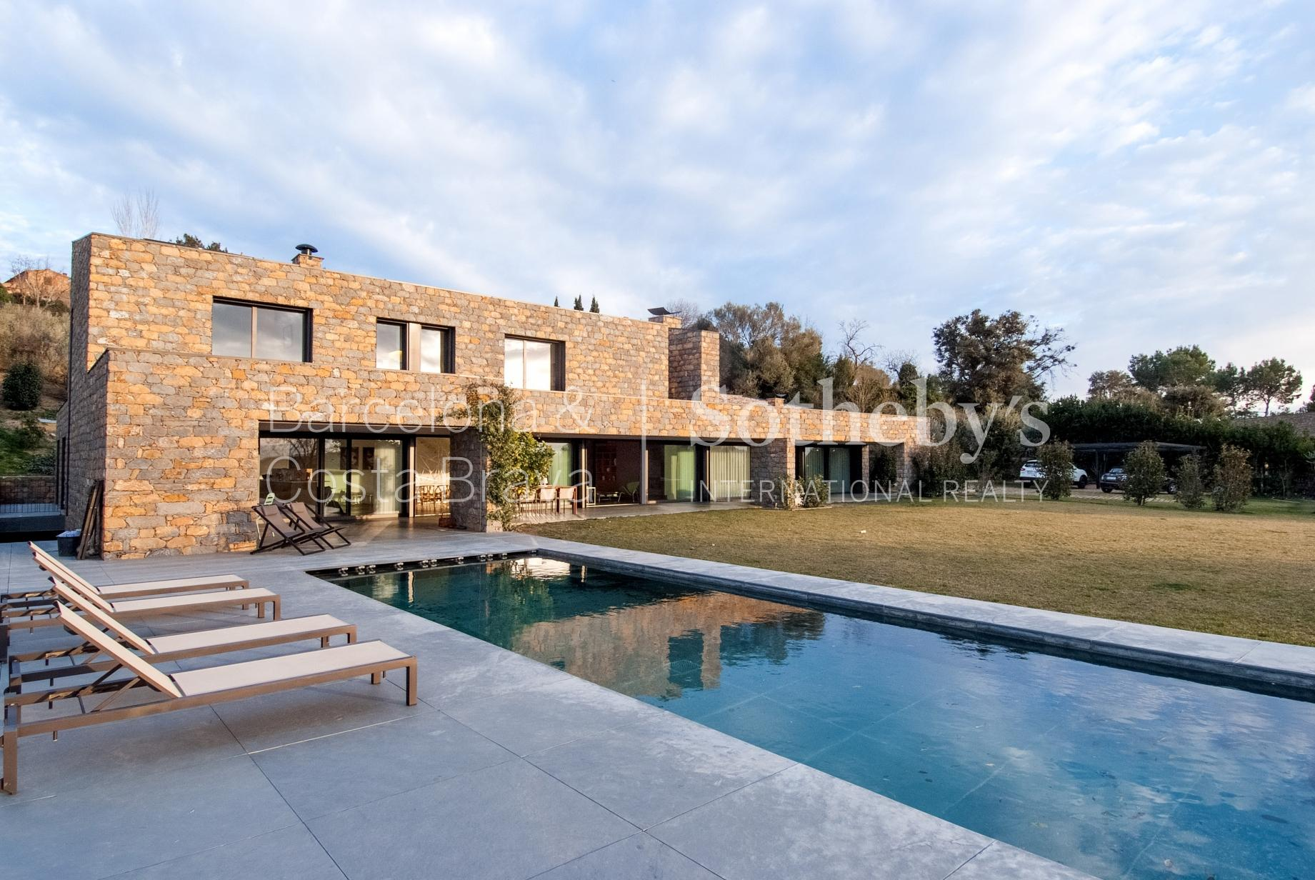 Single Family Home for Sale at Modern house in the interior a few kilometres from the Golf and Beach Other Cities Baix Emporda, Barcelona 17001 Spain