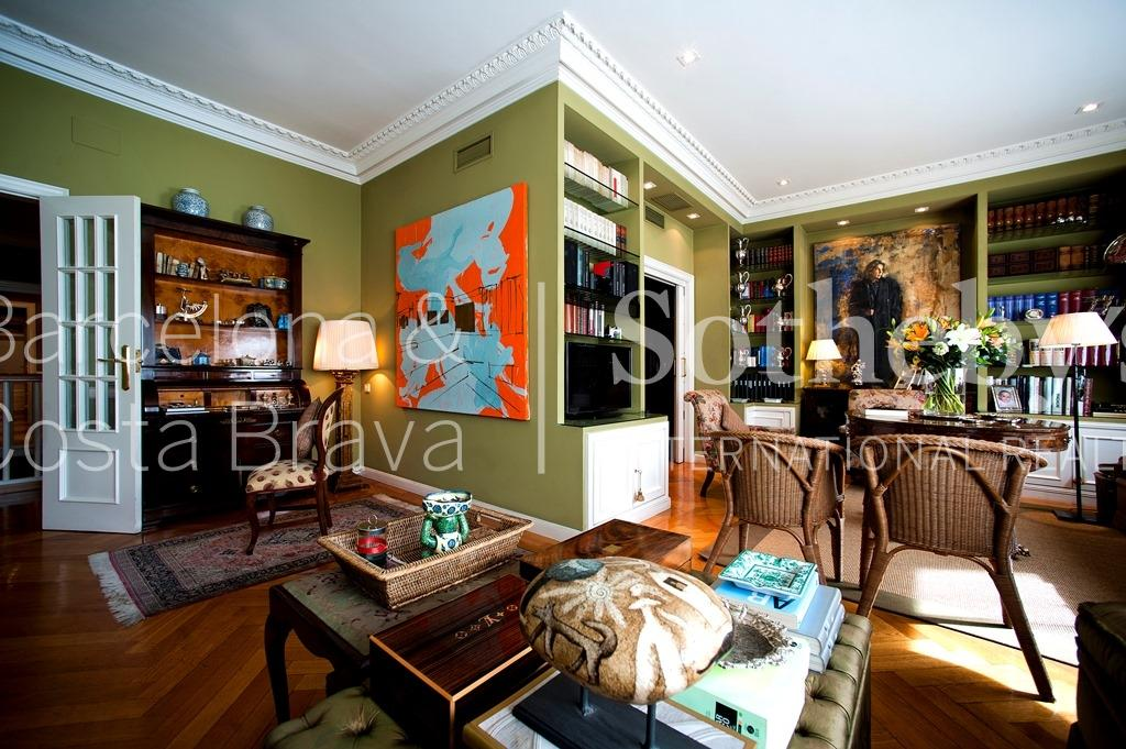 公寓 為 出售 在 Classic Duplex Apartment on Avenida Diagonal Eixample, Barcelona City, Barcelona 08007 西班牙