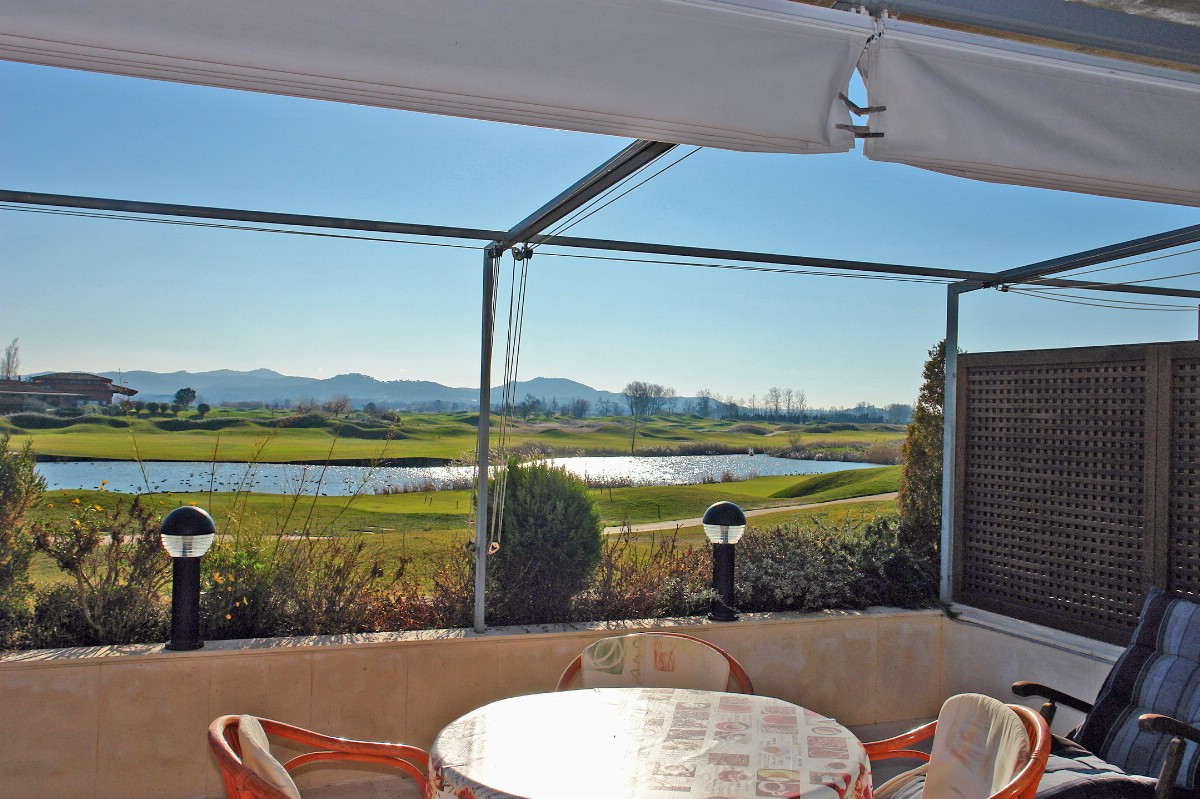 Apartamento por un Venta en Exclusive apartment on the Empordà golf course Pals, Costa Brava, 17256 España