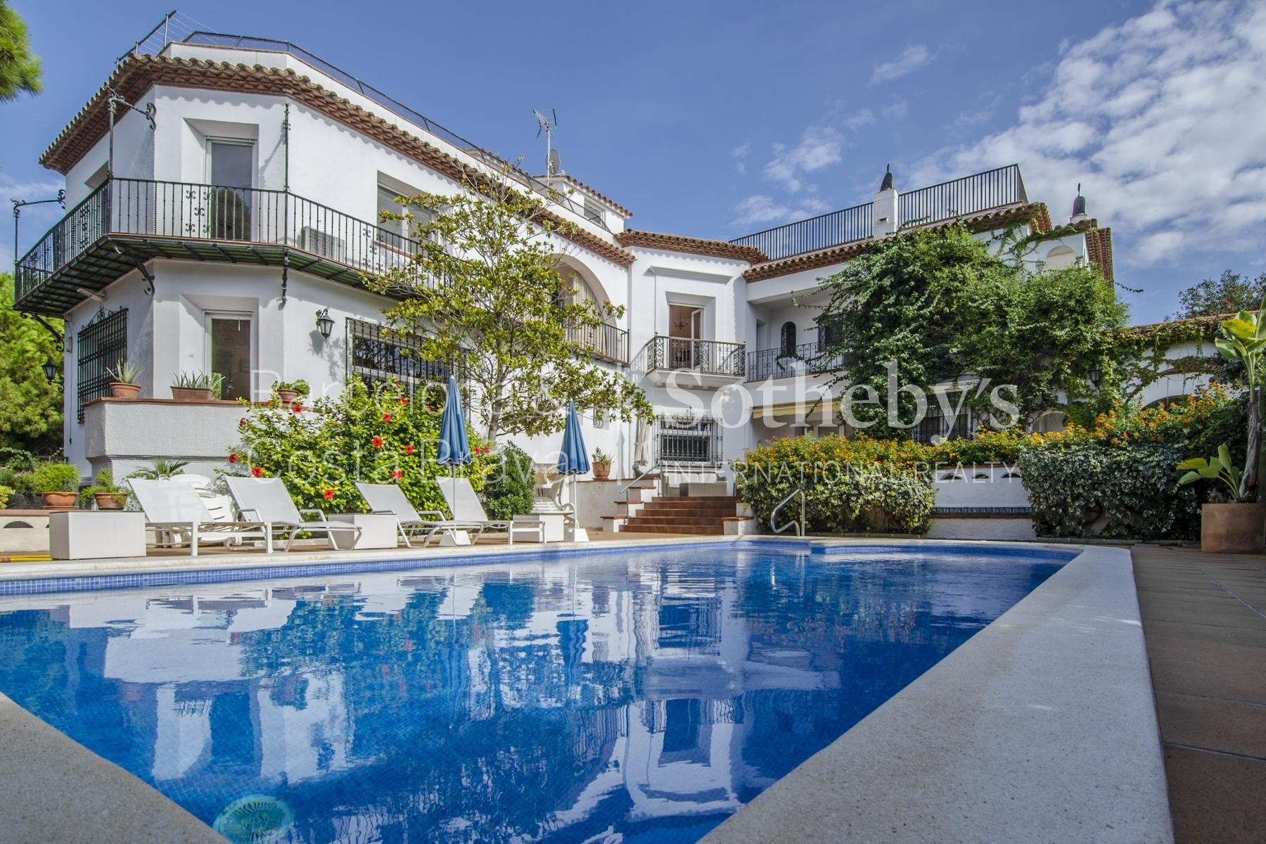 Property For Sale at Wonderful Seafront Property in Sitges