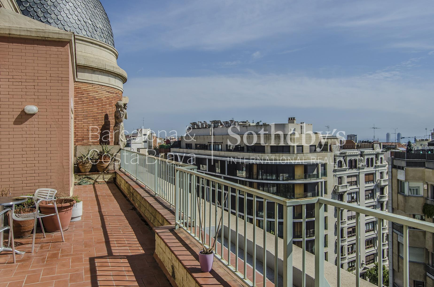公寓 為 出售 在 Impressive Duplex Penthouse with Terraces and Excellent Views Zona Alta, Barcelona City, Barcelona 08034 西班牙