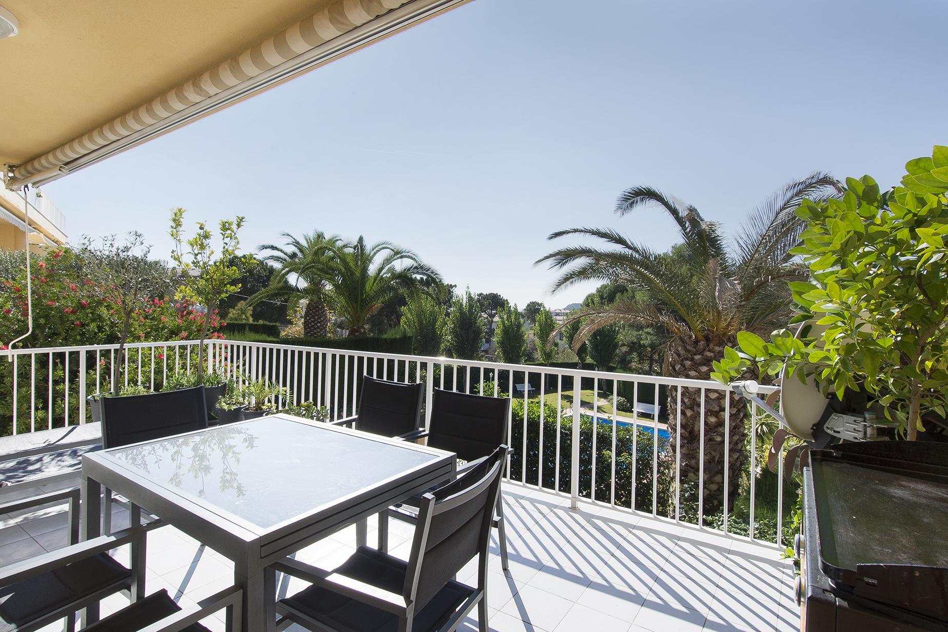 Apartment for Sale at Bright apartment near the beach of Sa Conca, S'Agaró S'Agaro, Costa Brava, 17248 Spain