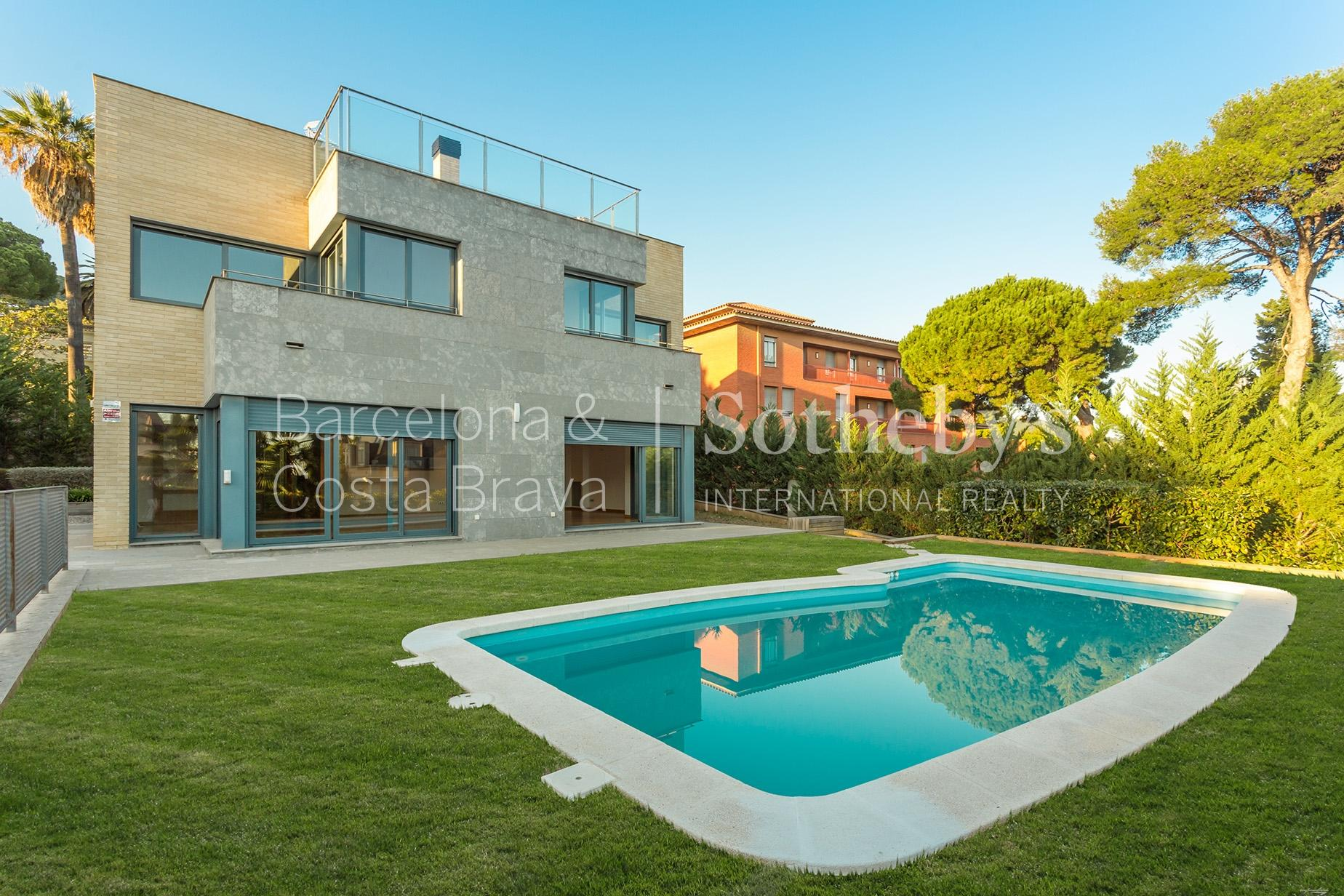 Vivienda unifamiliar por un Venta en Exclusive, Modern, and Minimal Single Family Home in Pedralbes Zona Alta, Barcelona City, Barcelona 08034 España