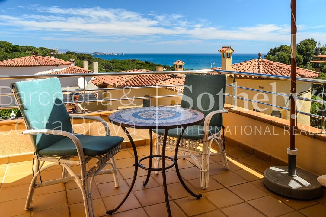 獨棟家庭住宅 為 出售 在 Nice house with views in quiet area Pals, Costa Brava 17256 西班牙