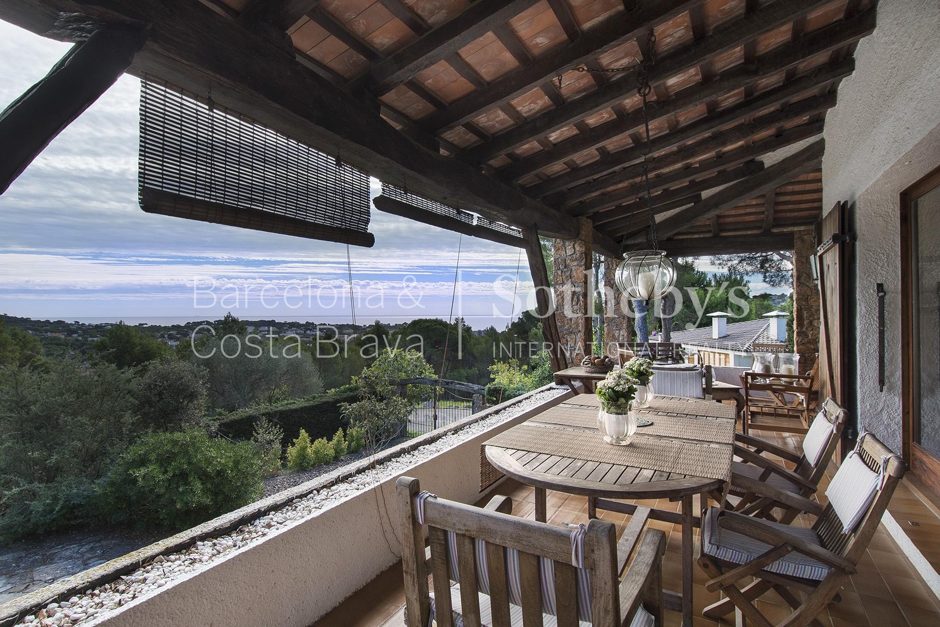 단독 가정 주택 용 매매 에 Lovely detached house with sea views S'Agaro, Costa Brava 17248 스페인