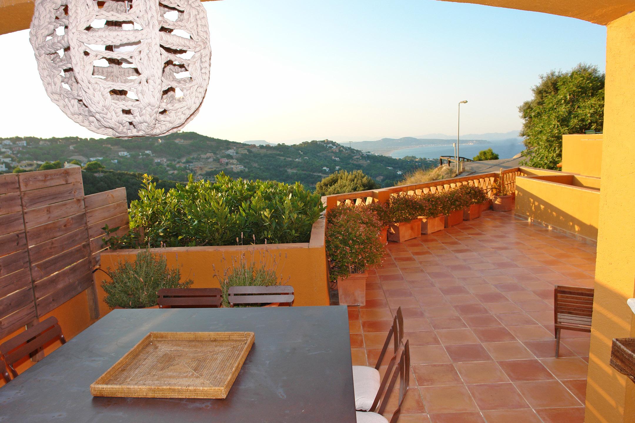 Einfamilienhaus für Verkauf beim Terraced house with views and walking distance to the village of Begur Begur, Costa Brava 17255 Spanien
