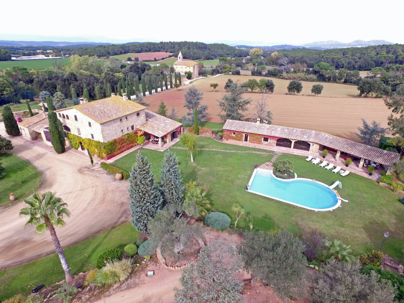 واحد منزل الأسرة للـ Sale في Fantastic Masia close to the coast. Other Spain, Other Areas In Spain, 17001 Spain