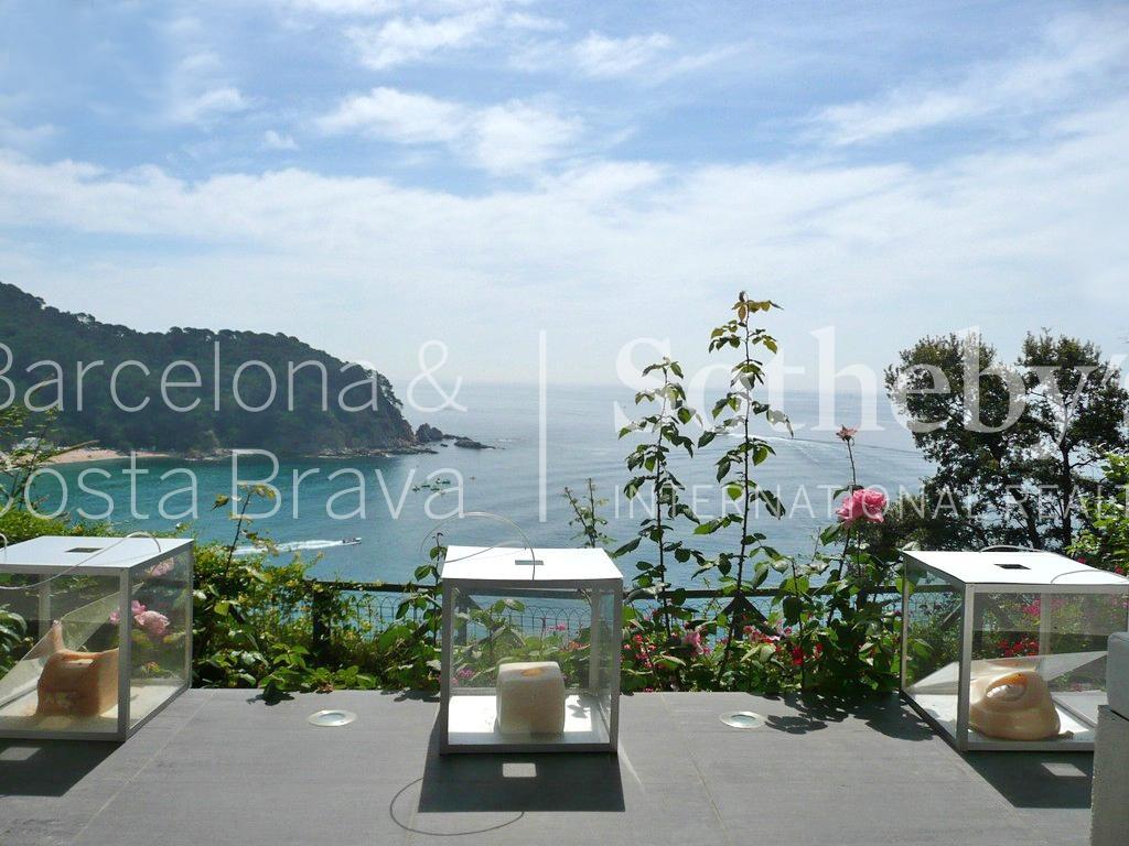 Maison unifamiliale pour l Vente à Designer villa with magnificent sea views Lloret De Mar, Costa Brava 17310 Espagne