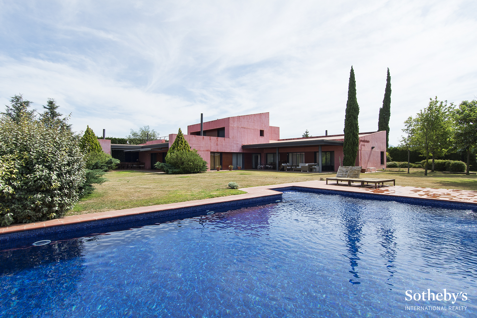 Single Family Home for Sale at Beautiful villa in Club de Golf Peralada Other Cities Alt Emporda, Barcelona 17600 Spain