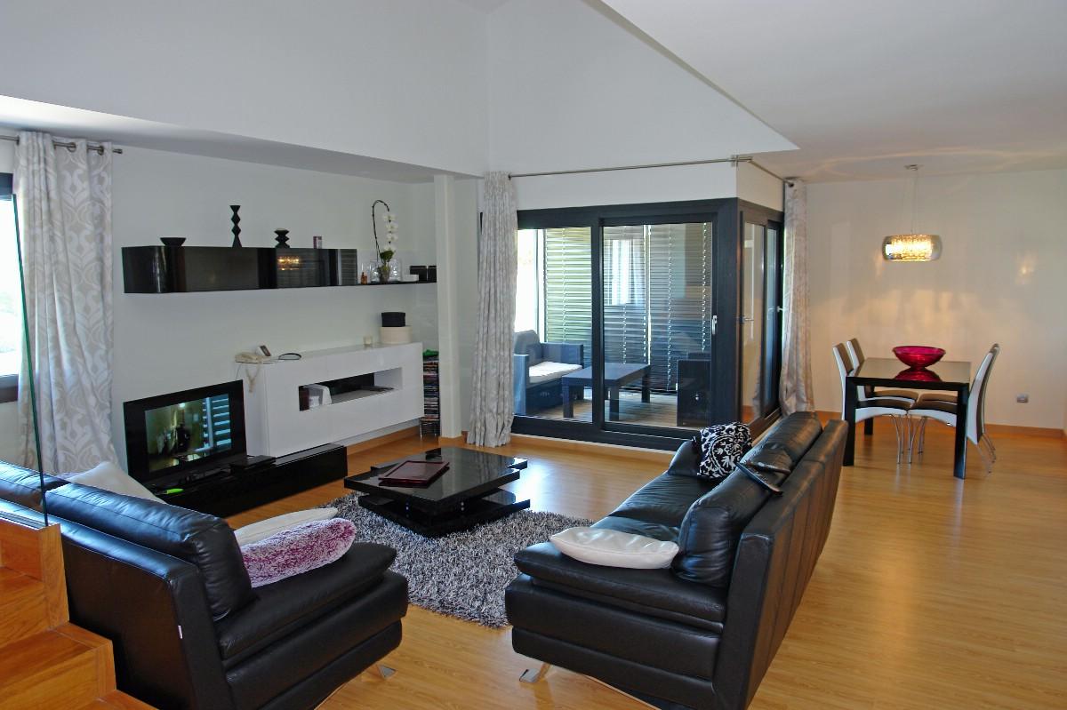 Apartamento por un Venta en Modern penthouse in the heart of Playa de Aro Playa De Aro, Costa Brava, 17250 España